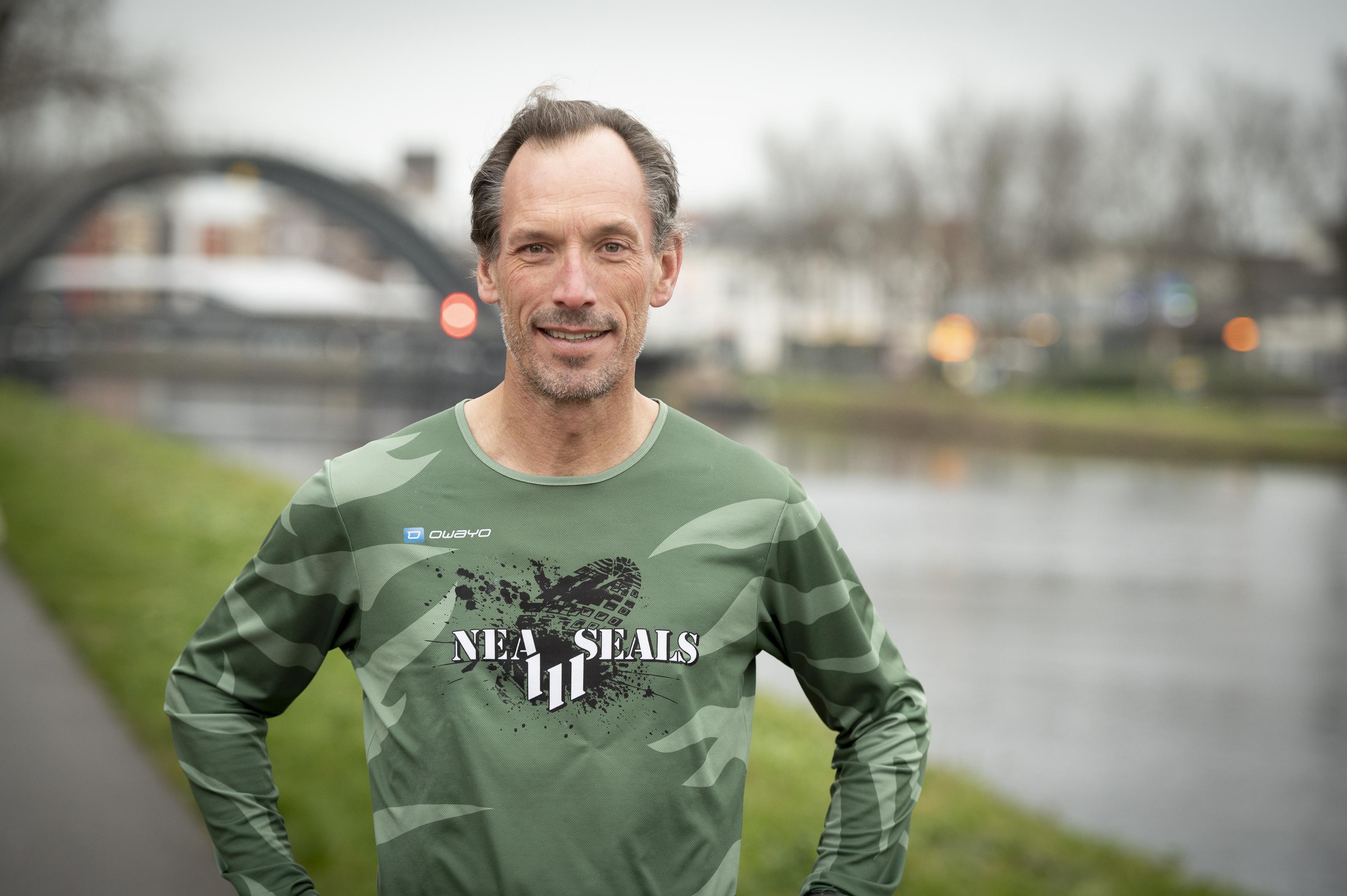 Van goed voornemen naar ultraloop: Purmerender Jeroen Kuyper loopt 100 mijl in 24 uur