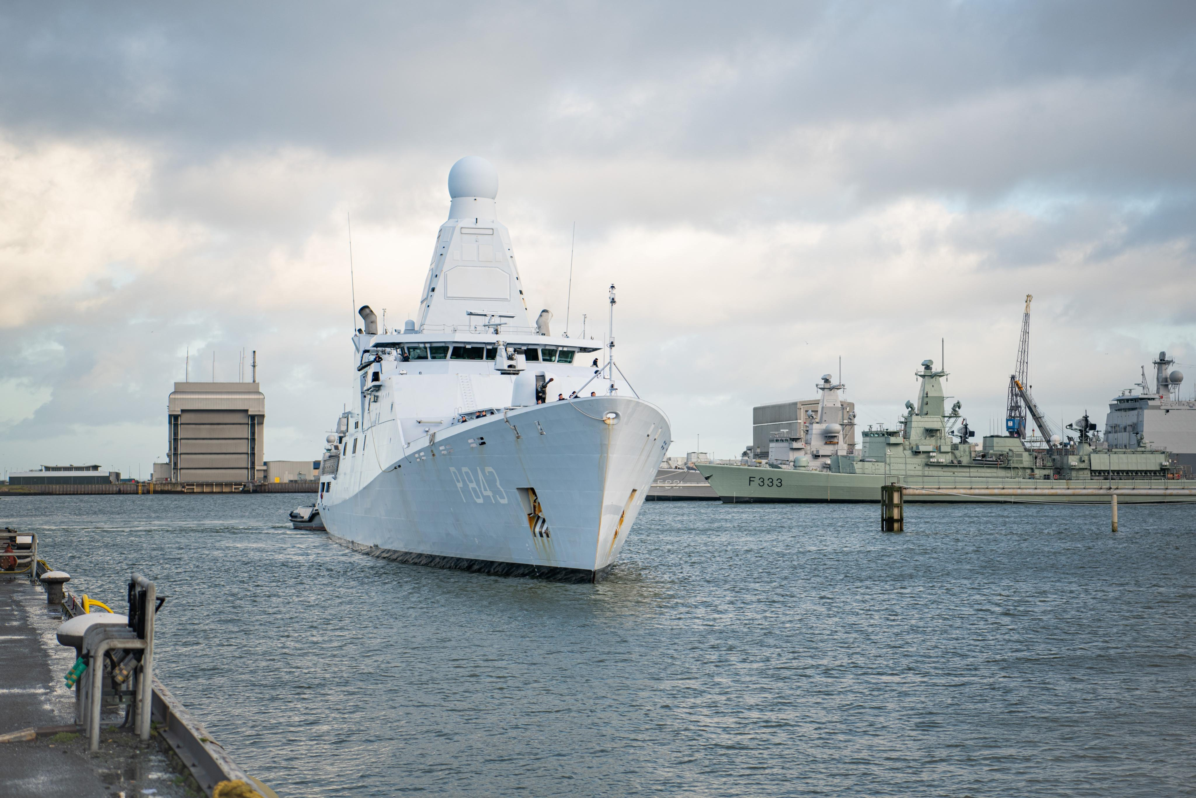 Zr. Ms Groningen is terug in Den Helder. Patrouilleschip moest inzet in de Cariben eerder staken vanwege technisch mankement aan as