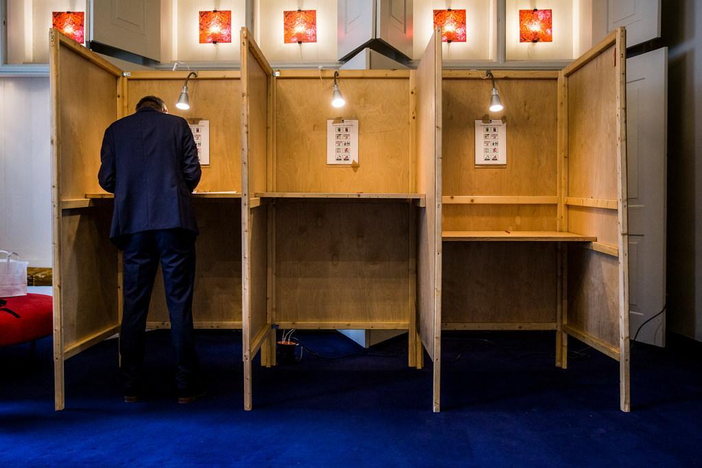 Geen stemlokalen in verzorgingshuizen vanwege het risico op besmettingen. Hollands Kroon vindt alternatieve plekken, onder meer een kerk