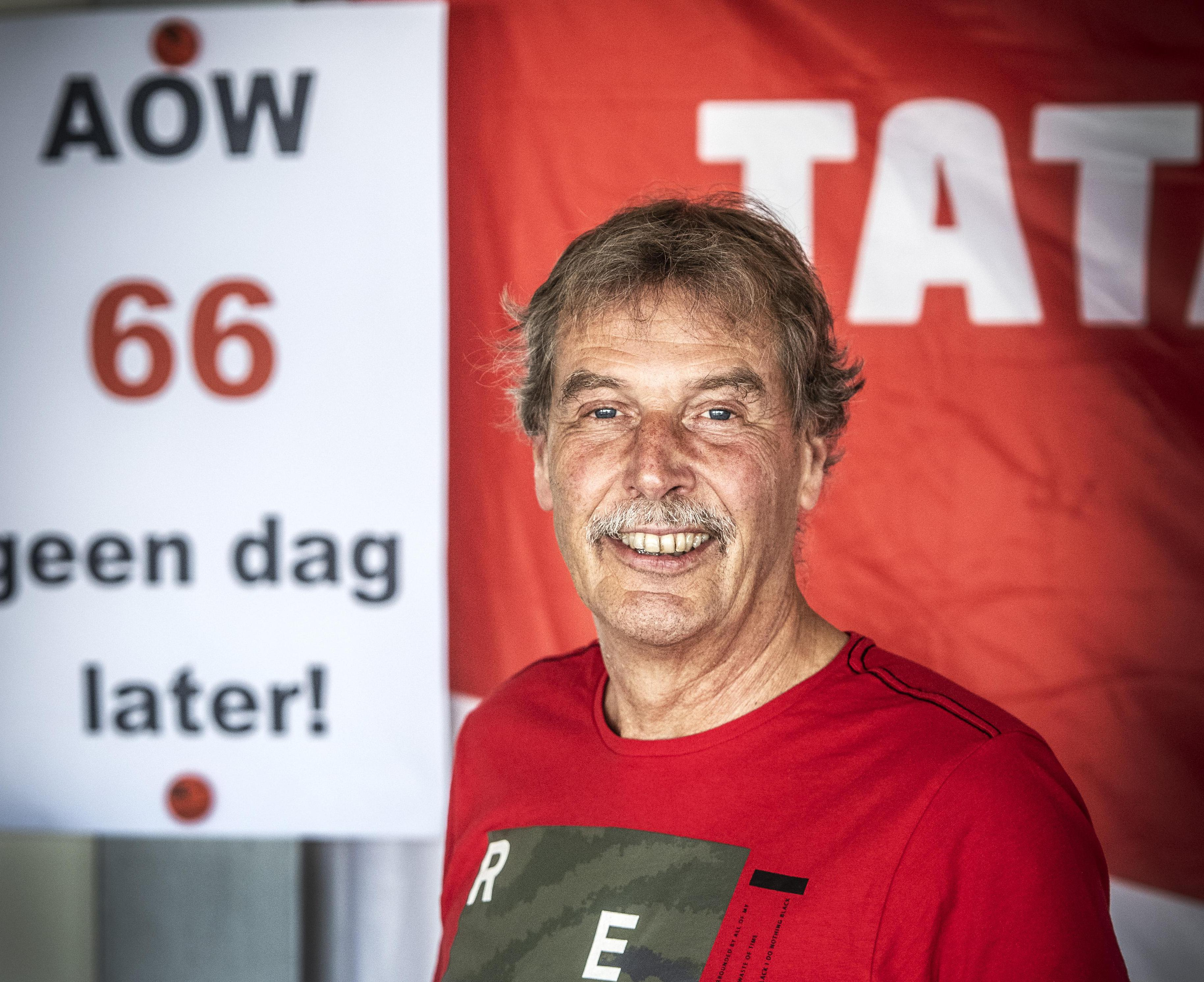 Vakbondsleider Aad in 't Veld is met pensioen bij Tata Steel. Nét voor de eerste hoogovenstaking sinds 28 jaar