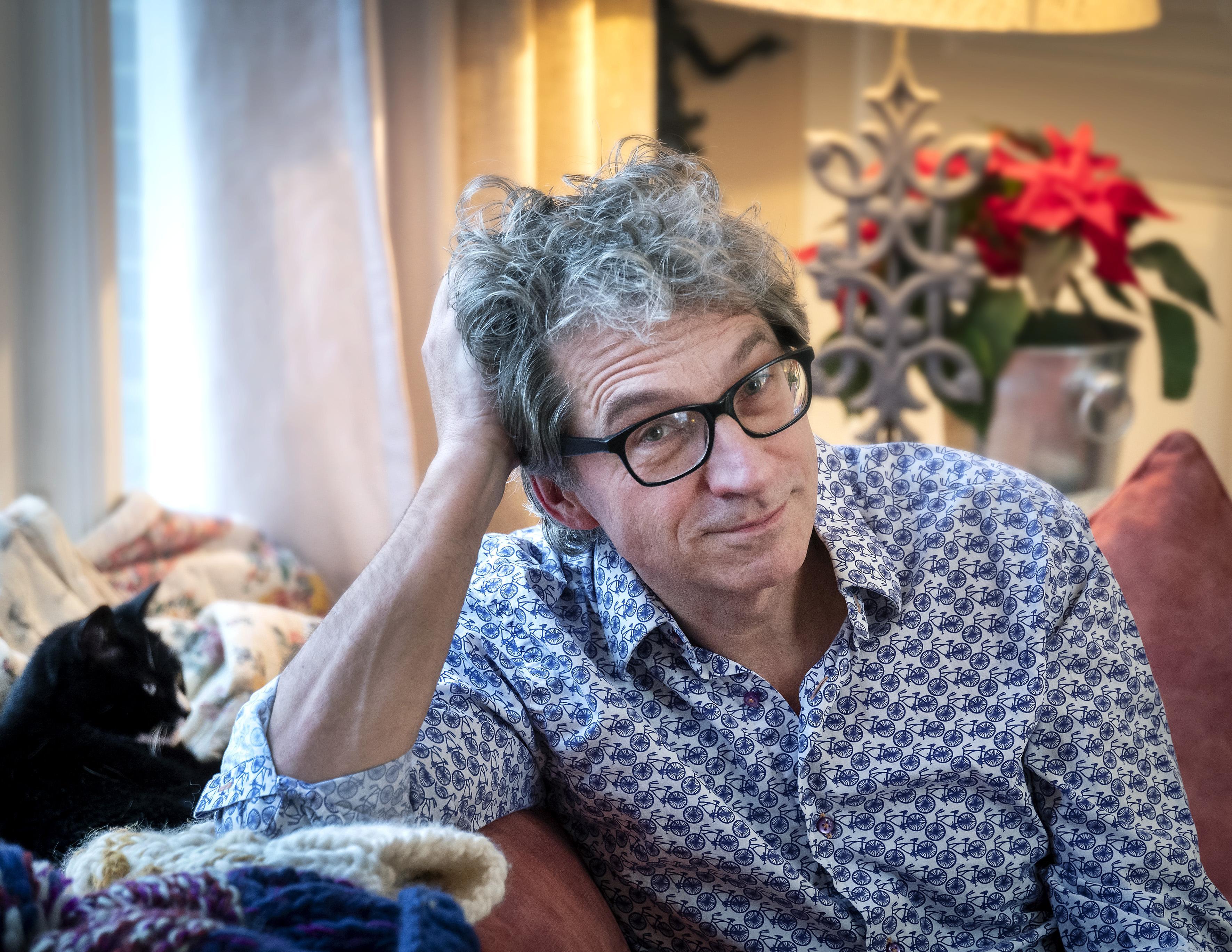 Frénk van der Linden noemt kiezen voor zijn vader een foute keuze
