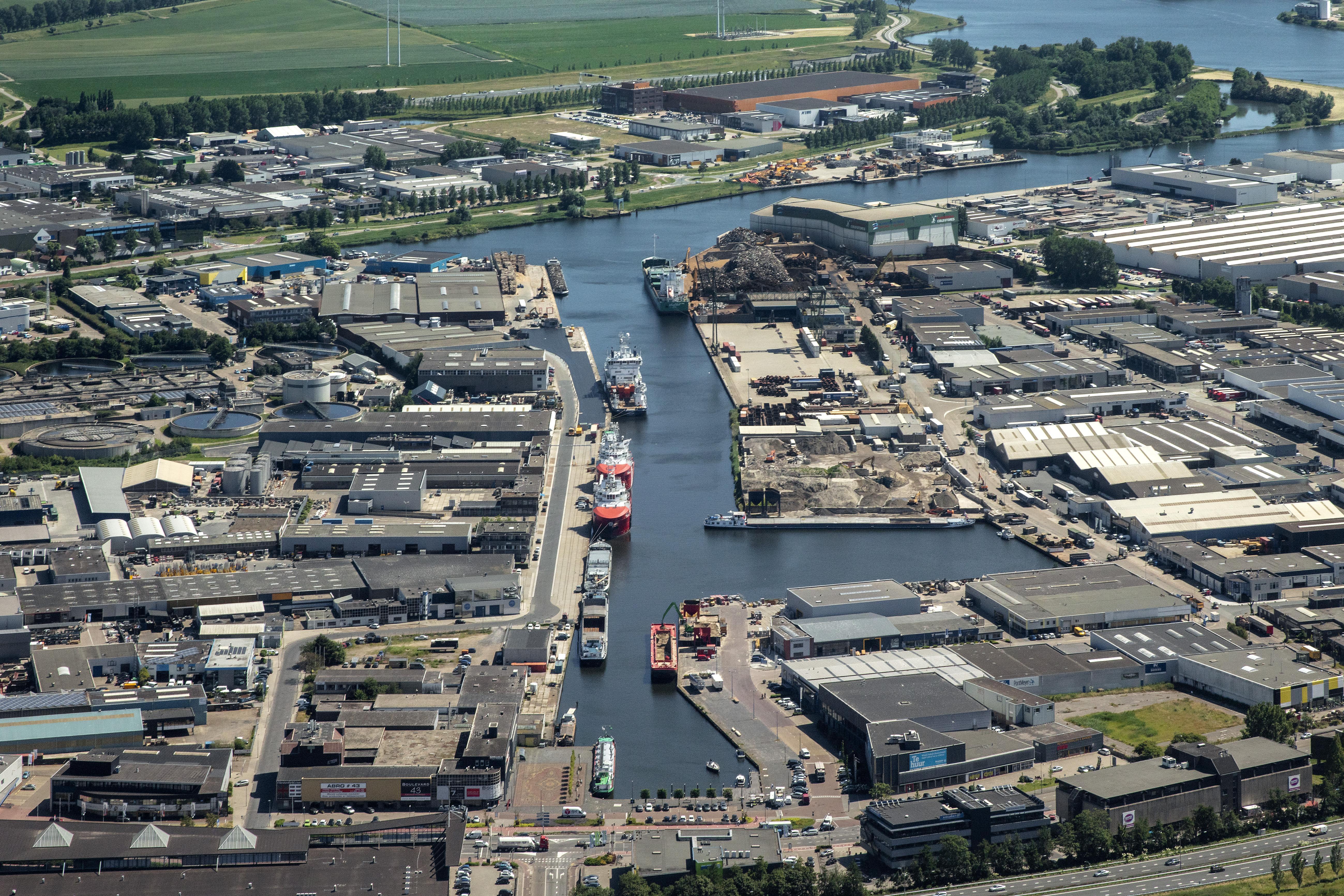 Provincie trekt een streep door Beverwijks woningbouwplan Kop van de Haven. Bedrijven uit de zwaarste milieucategorie hebben voorrang op huizen