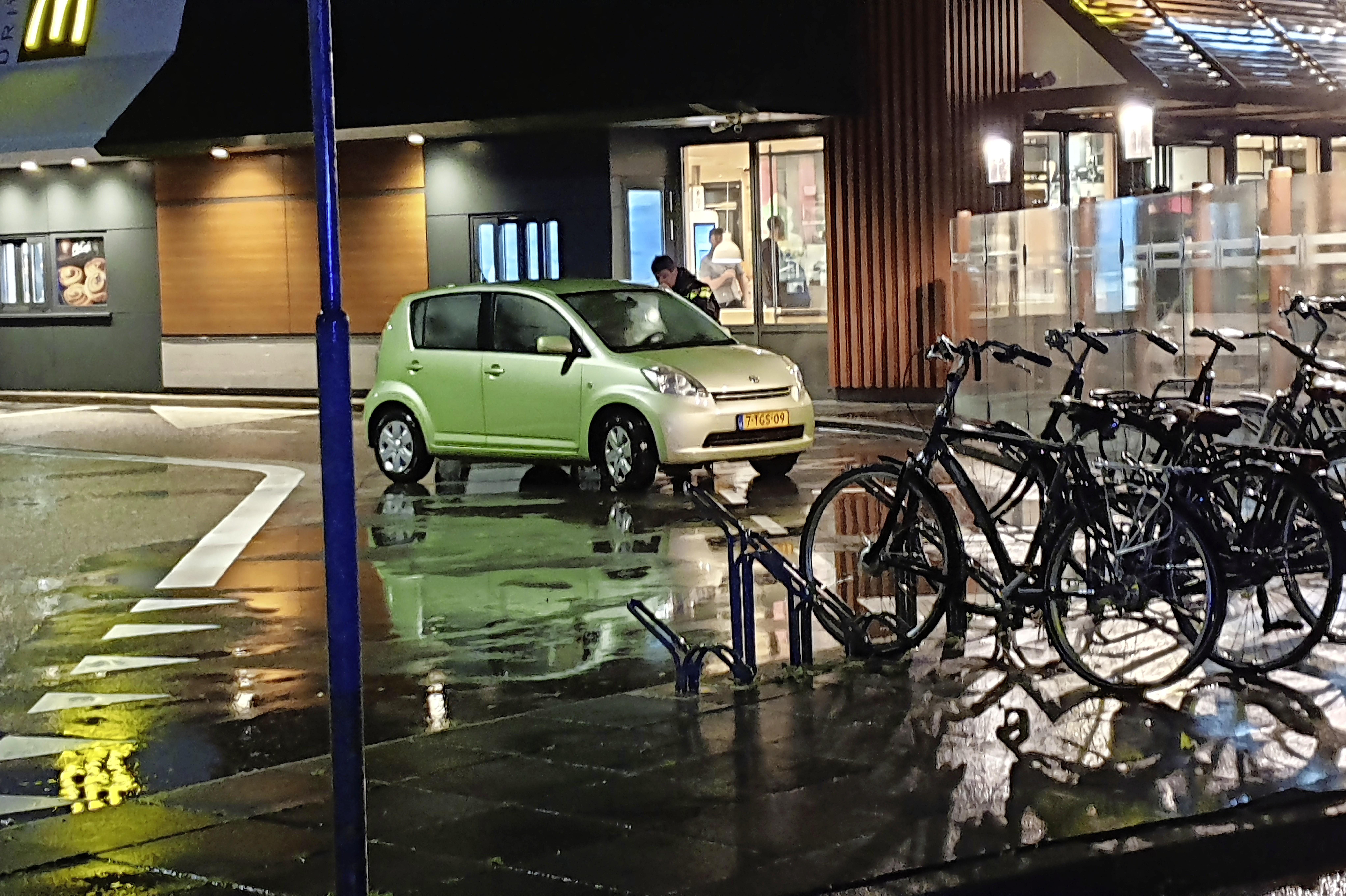 Respectievelijk zeven en zes jaar celstraf voor de twee hoofdverdachten van schietpartij op Kooypunt in Den Helder. Een van hen tekent direct hoger beroep aan