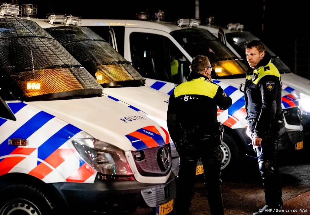 Politie weer op straat in Haagse wijk Duindorp