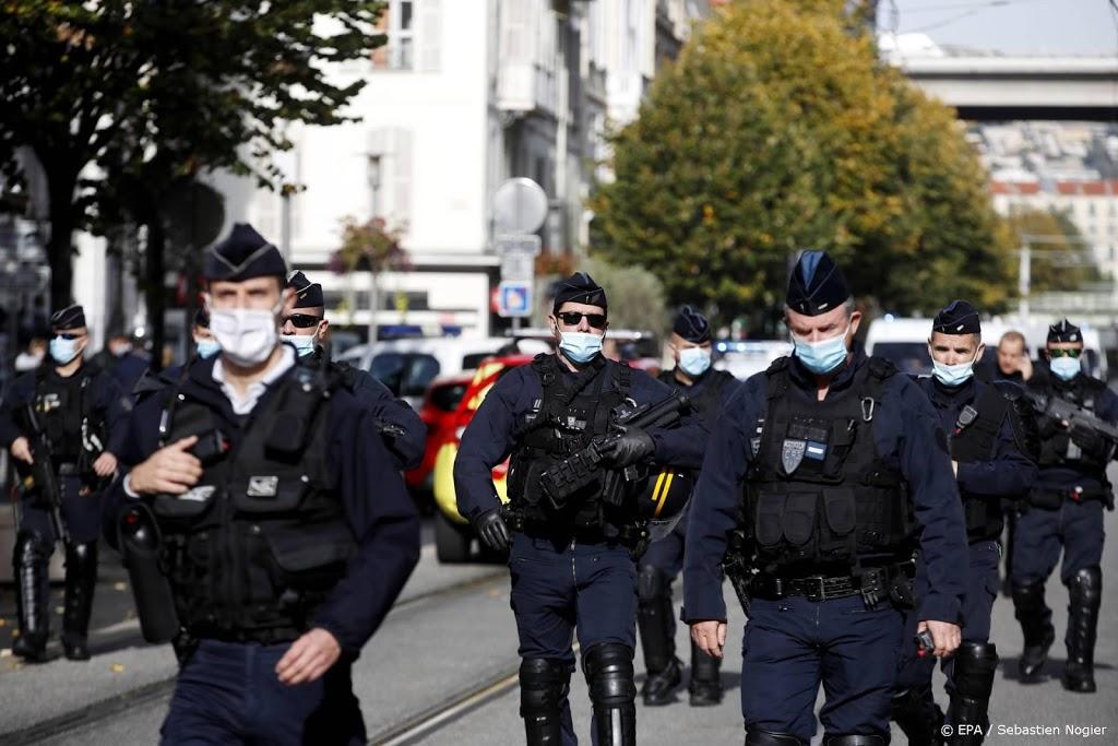 Frankrijk naar hoogste bedreigingsniveau na terreuraanslag Nice