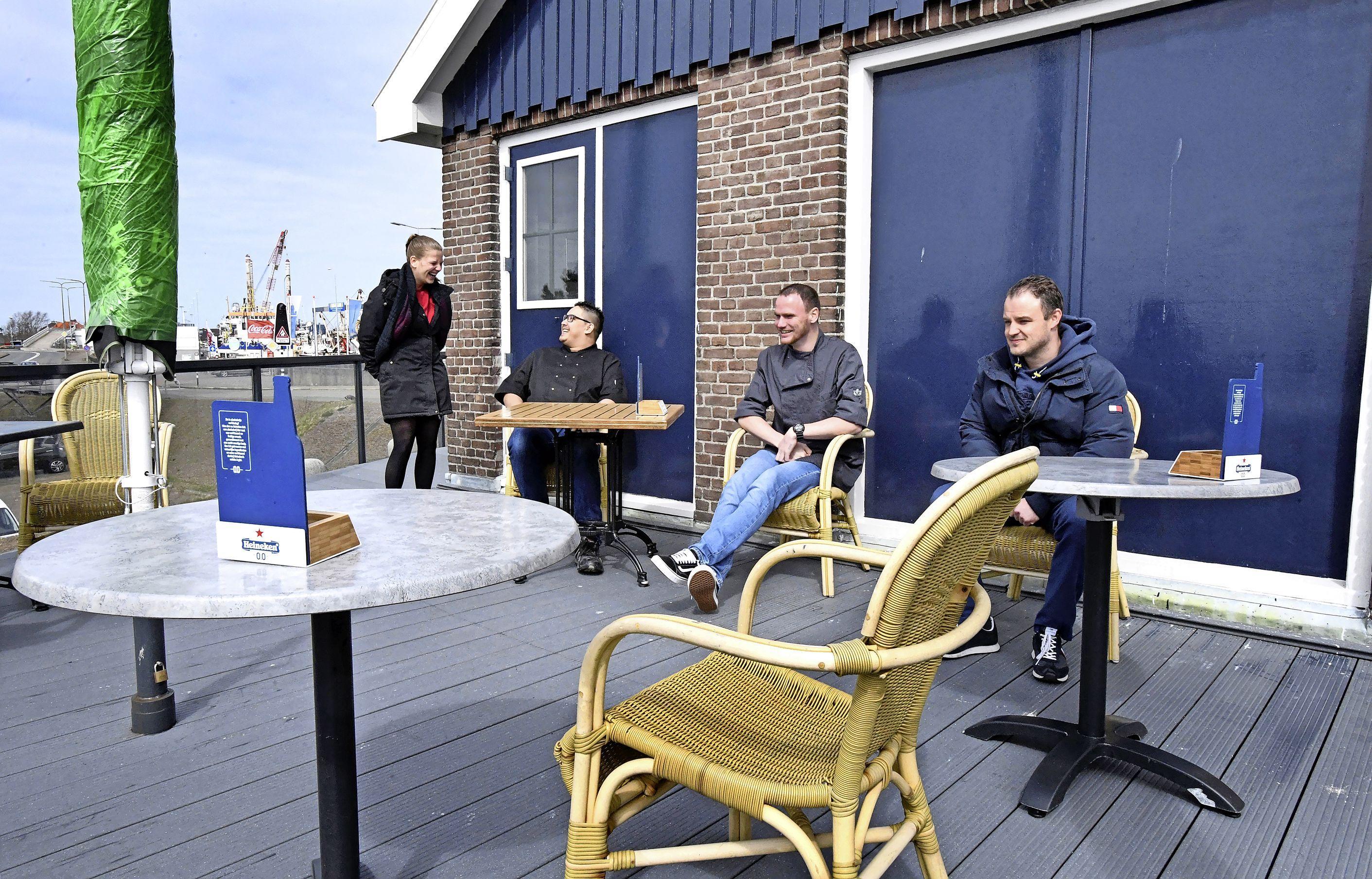 Zicht op opening terrassen, maar horecazaken willen eerst zien, dan geloven. 'We snijden de taart hier nog niet aan'
