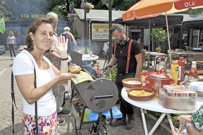 'Mensen zien het als recreatie', zegt Joke van der Linde van VTV Wijkeroog in Velsen-Noord. 'Maar het is hier geen camping'
