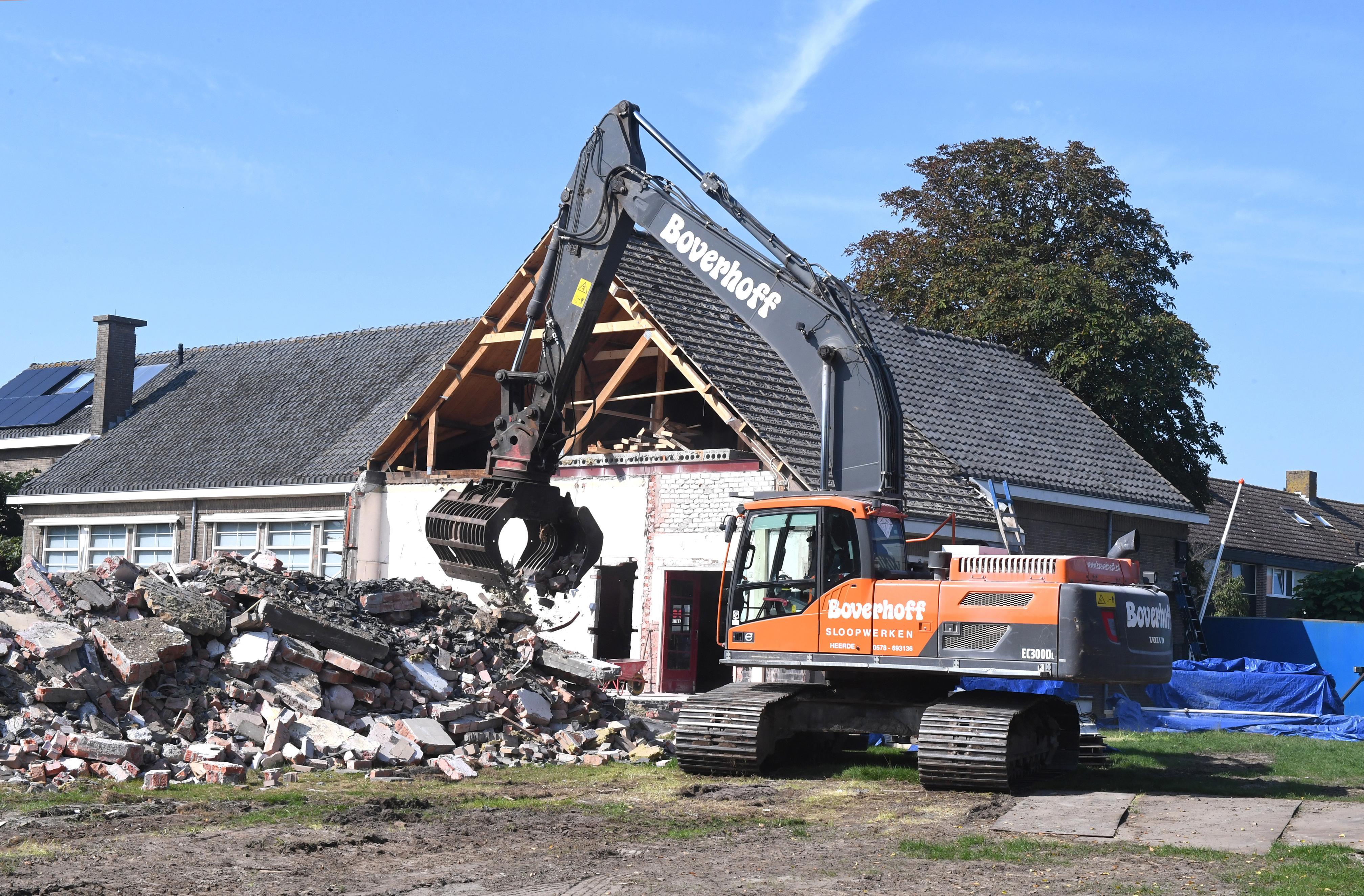 Hollands Kroon moet ruim 41.000 euro neerleggen voor verwijderen van asbest uit schoolgebouw De Kei