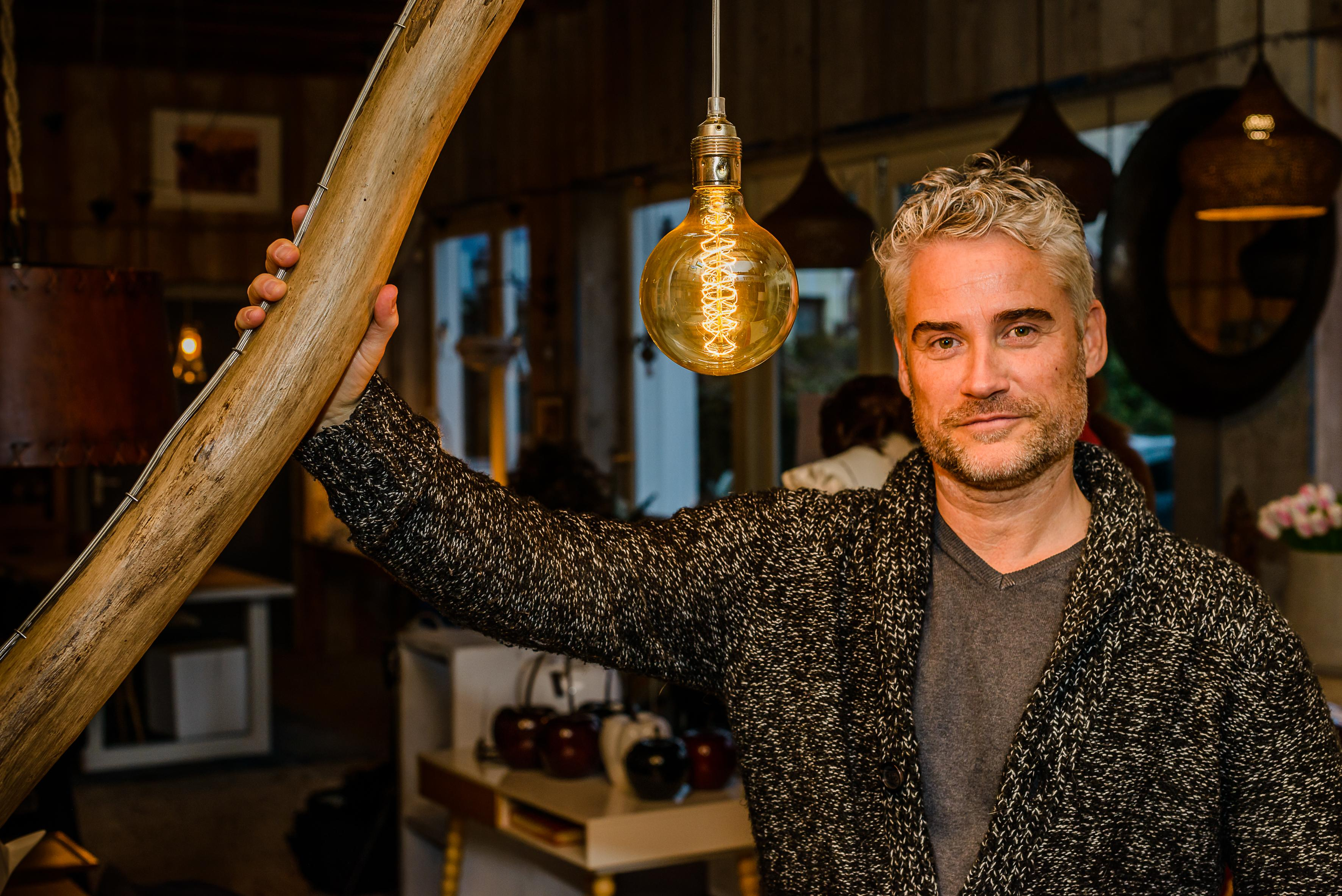 Natuurlamp 'Jutterslicht' vertelt in Zaandijk een verhaal over Texel