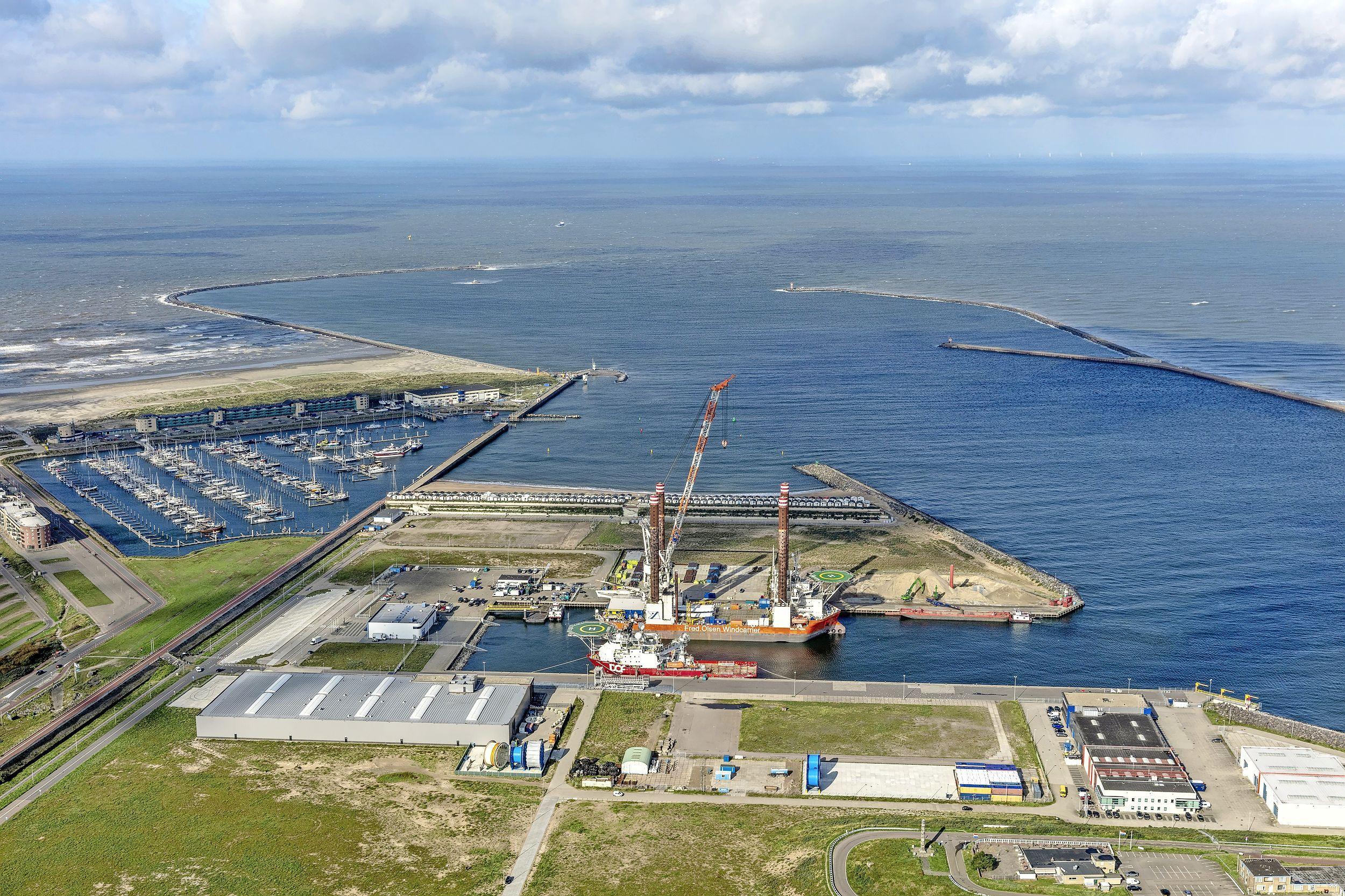 Grotere rol IJmondhaven in IJmuiden bij aanleg windpark Hollandse Kust Zuid, DHSS-terminal aan Monnickendamkade wordt uitvalsbasis