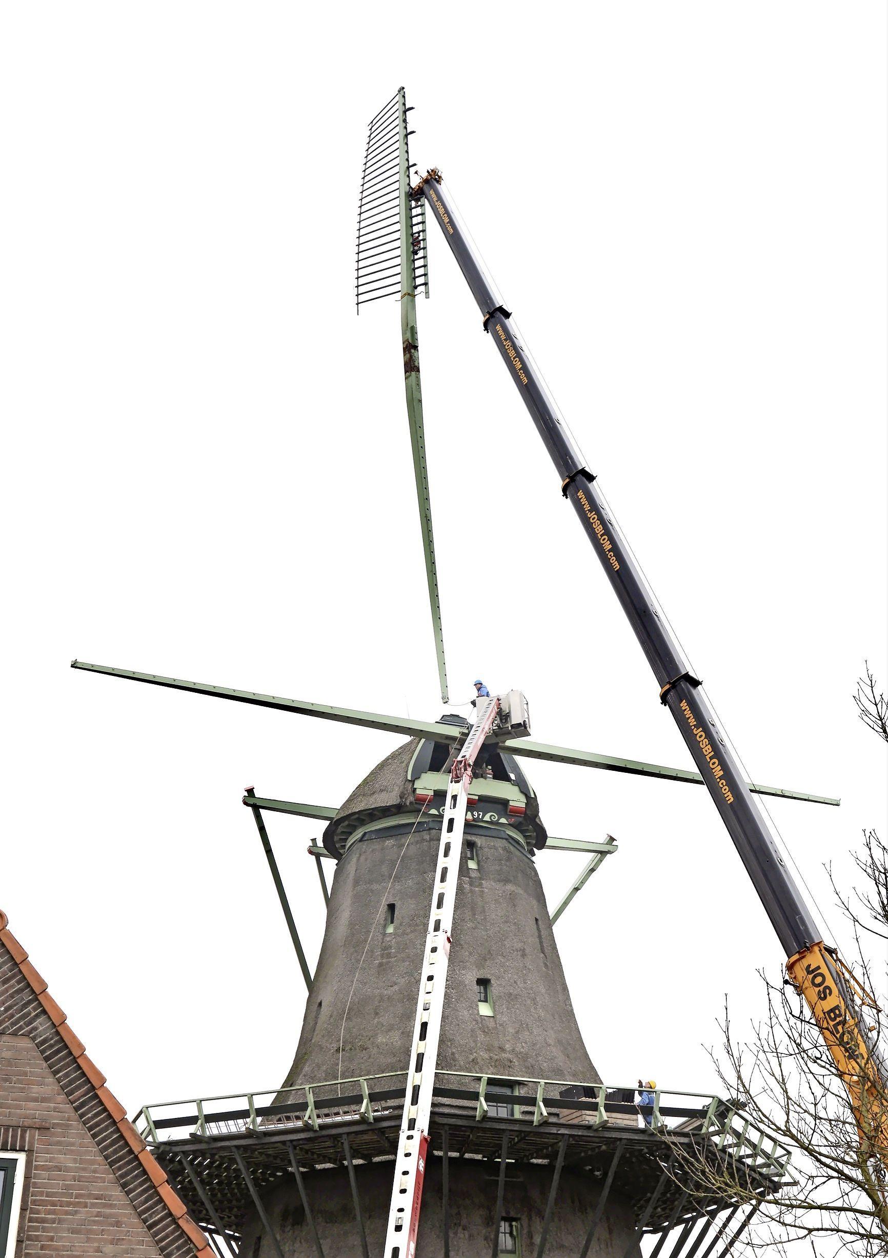 Molen in Oosterblokker wordt voor ruim twee ton verbeterd: De Krijgsman draait straks bij andere wind gewoon door