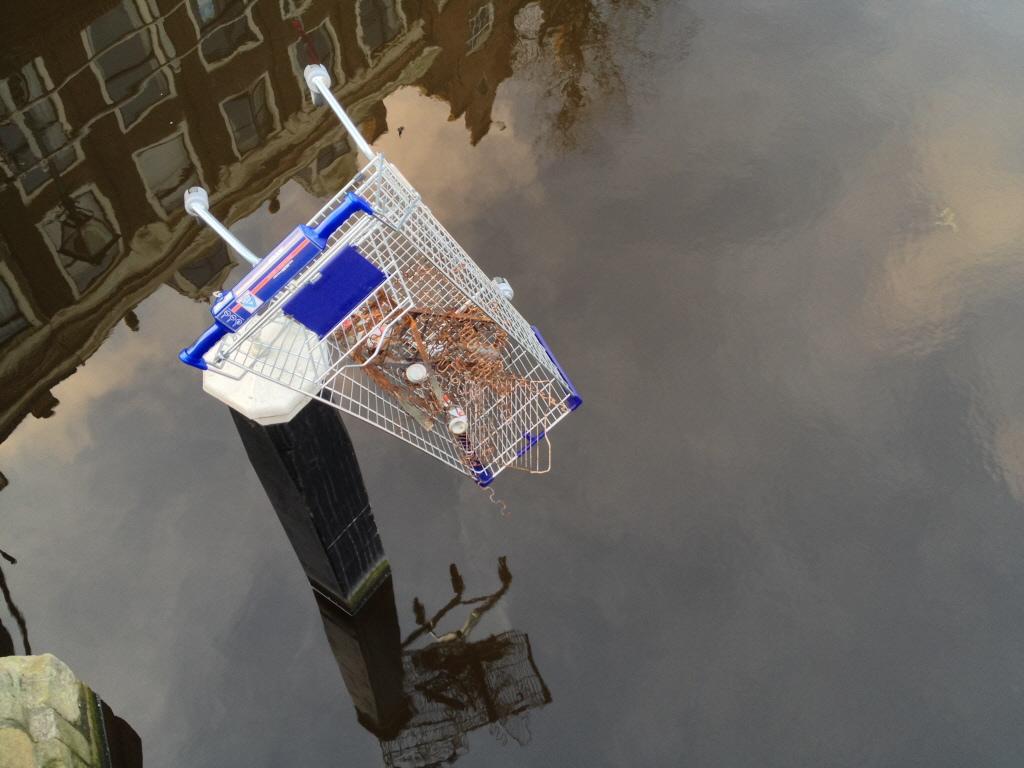 Zaans verbod op achterlaten van winkelwagentjes