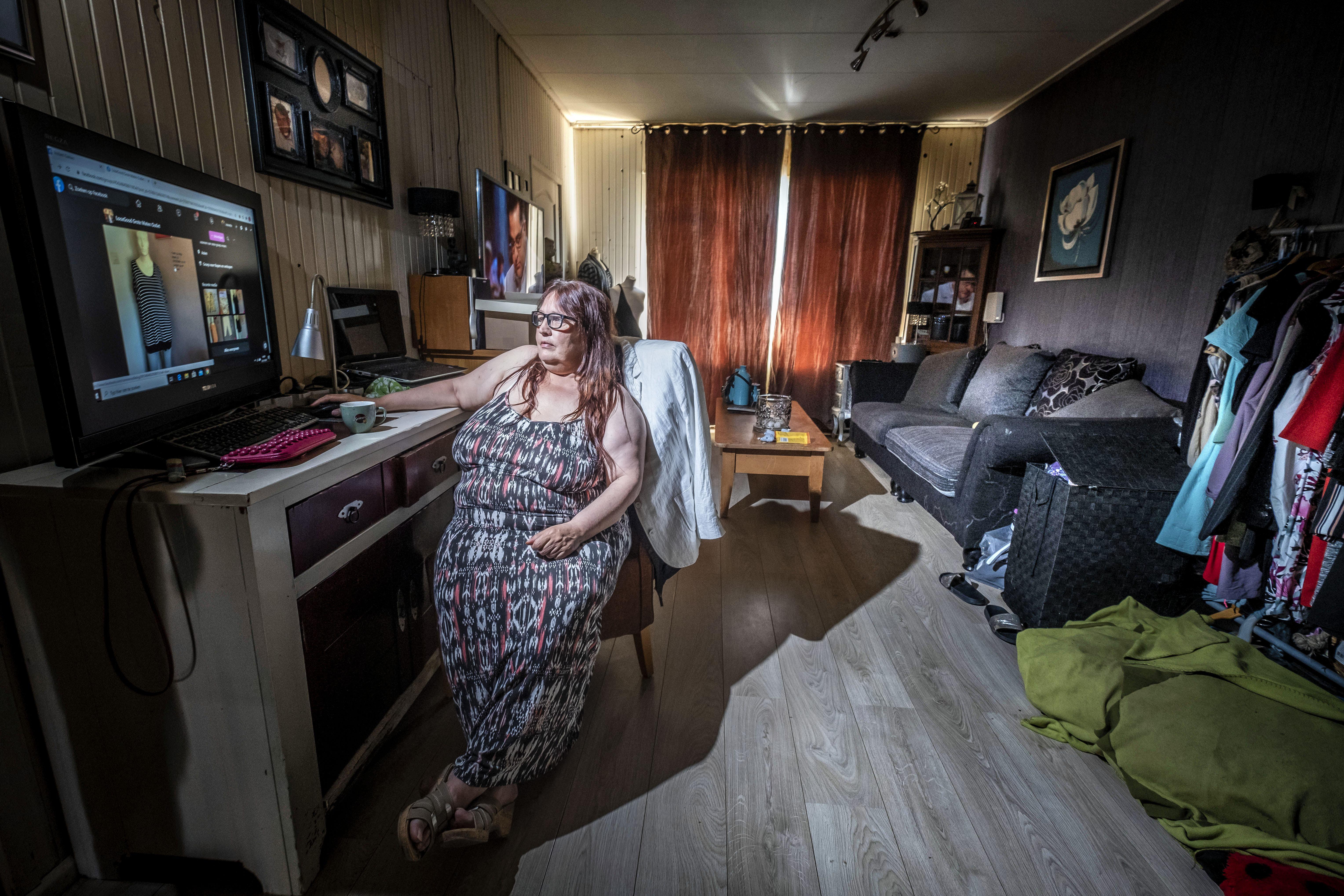 Uit liefde cijferde Jeanette zich zeventien jaar lang weg voor haar moeder met dementie. Nu vreest ze dakloos te raken