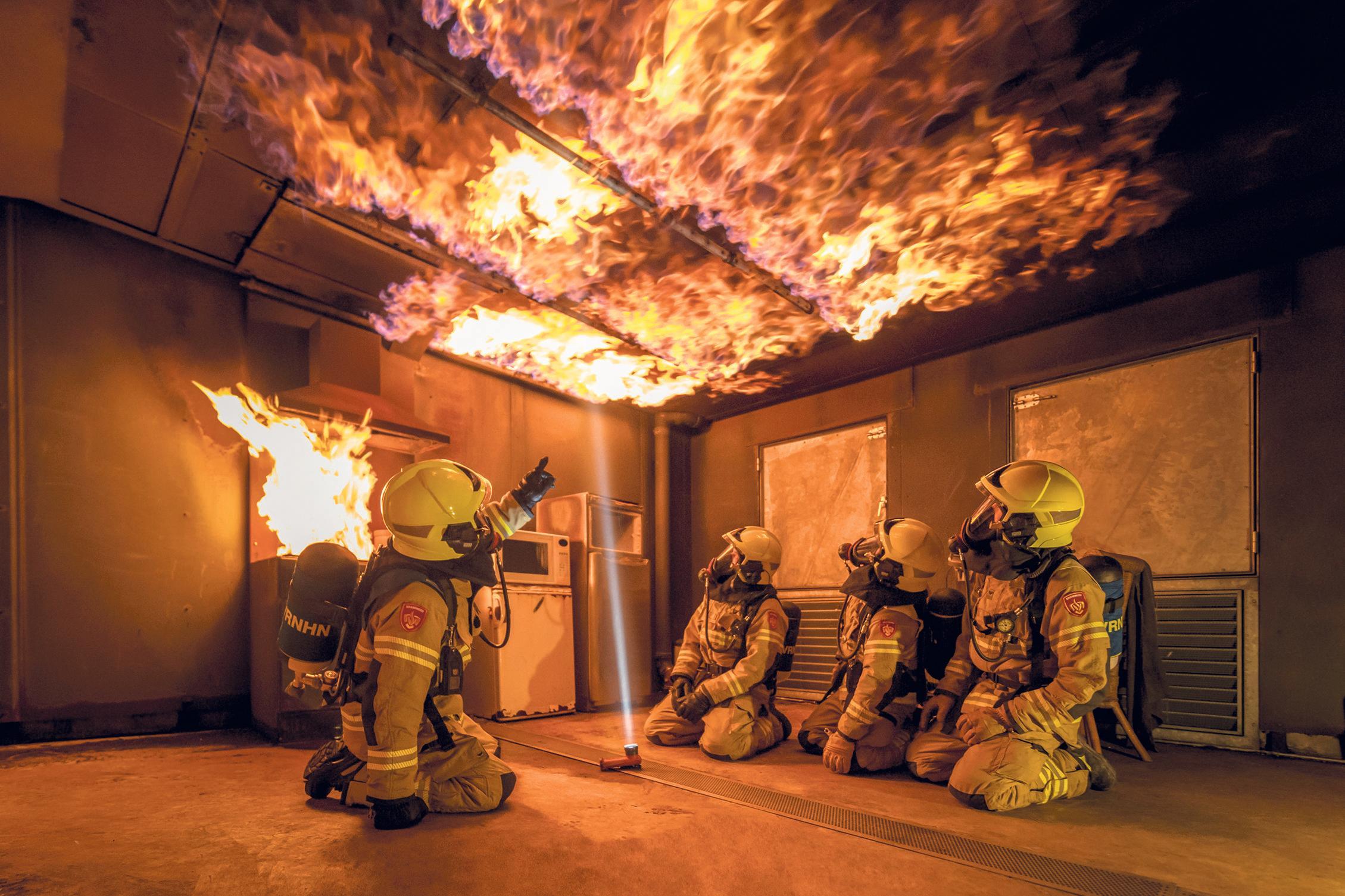 Brandweer gaat op de schop: negen posten in Noord-Holland Noord worden proeftuin in strijd tegen vergrijzing en vrijwilligerstekorten