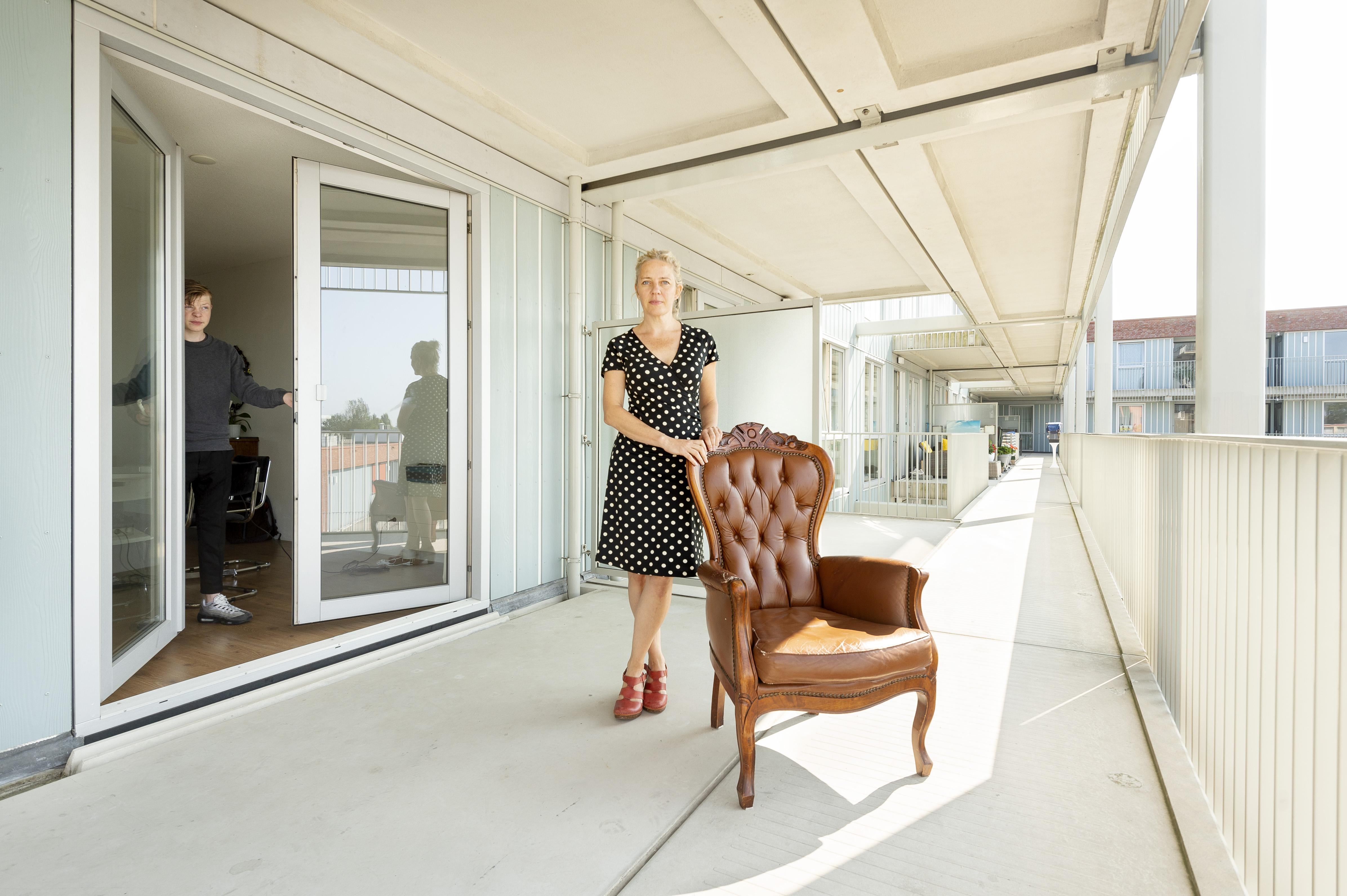 Nieuwe Leidse stadsfotograaf Leonie van der Helm is benieuwd naar uw huis: 'Ik wil weten wat thuis betekent'