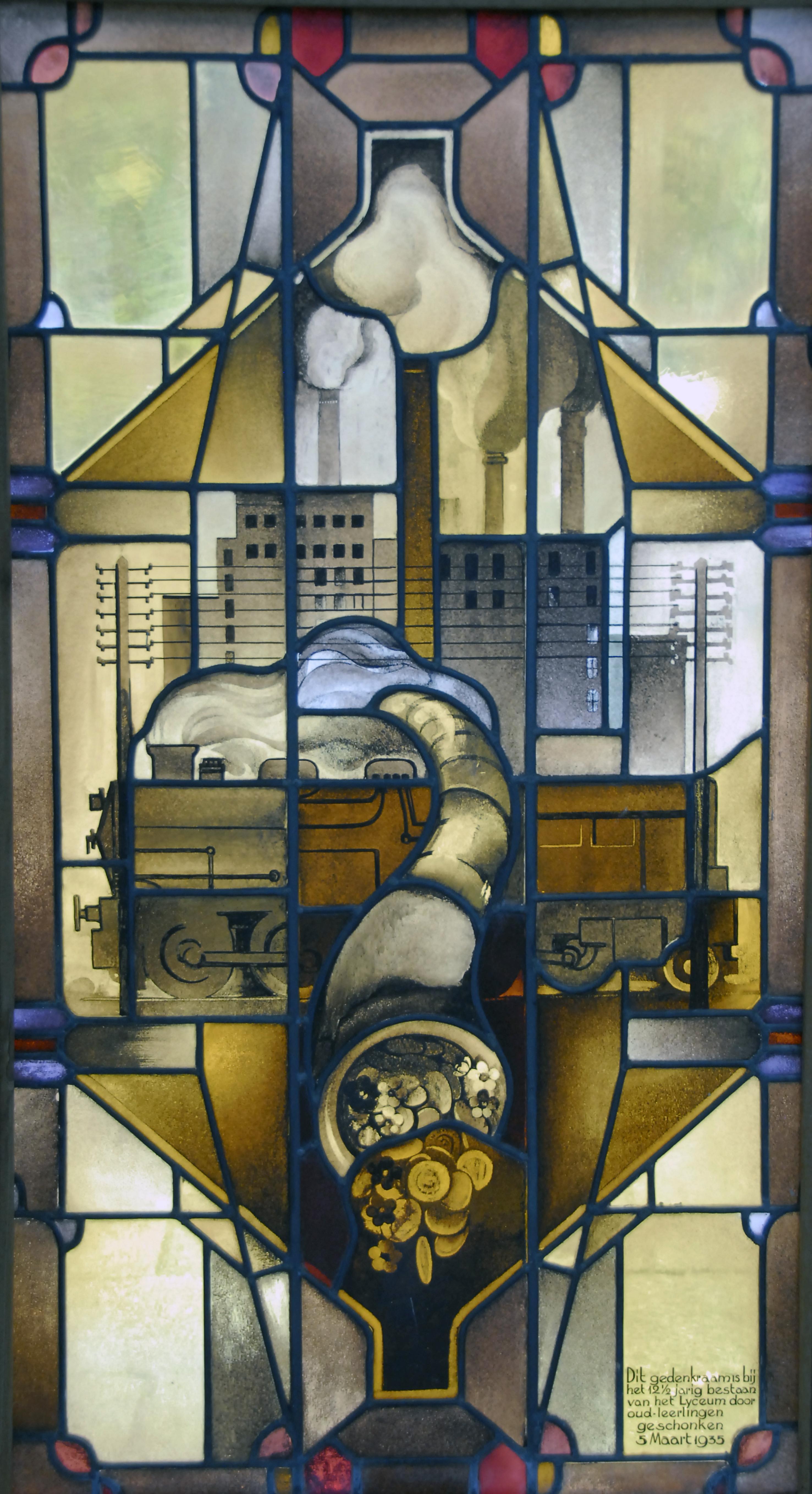 Glas-in-loodramen voormalig Triniteitslyceum onder de hamer bij Oprechte Veiling Haarlem