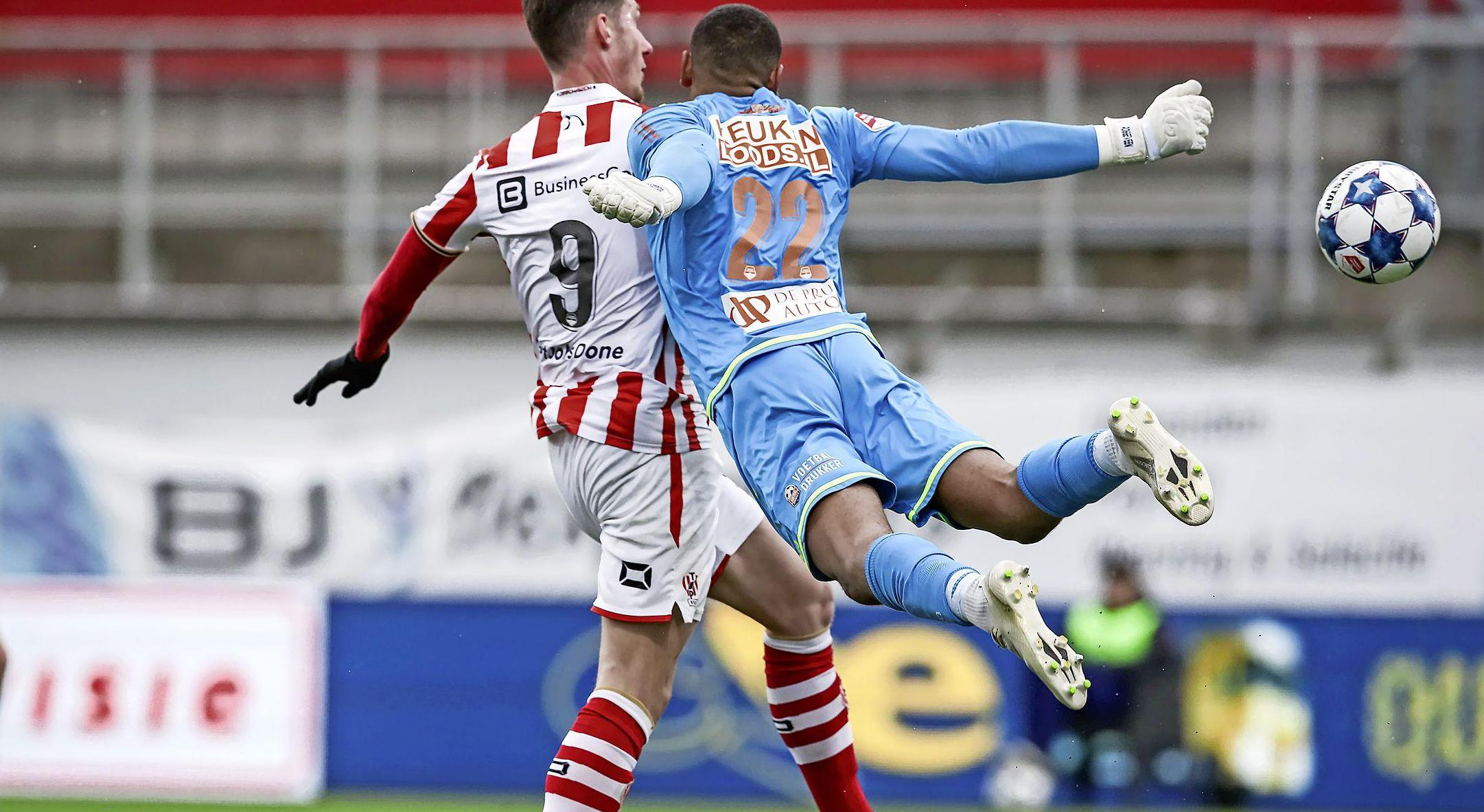 Problemen FC Volendam kunnen geen toeval zijn: 'Tegen sterke ploegen kunnen we wel de energie opbrengen' [video]