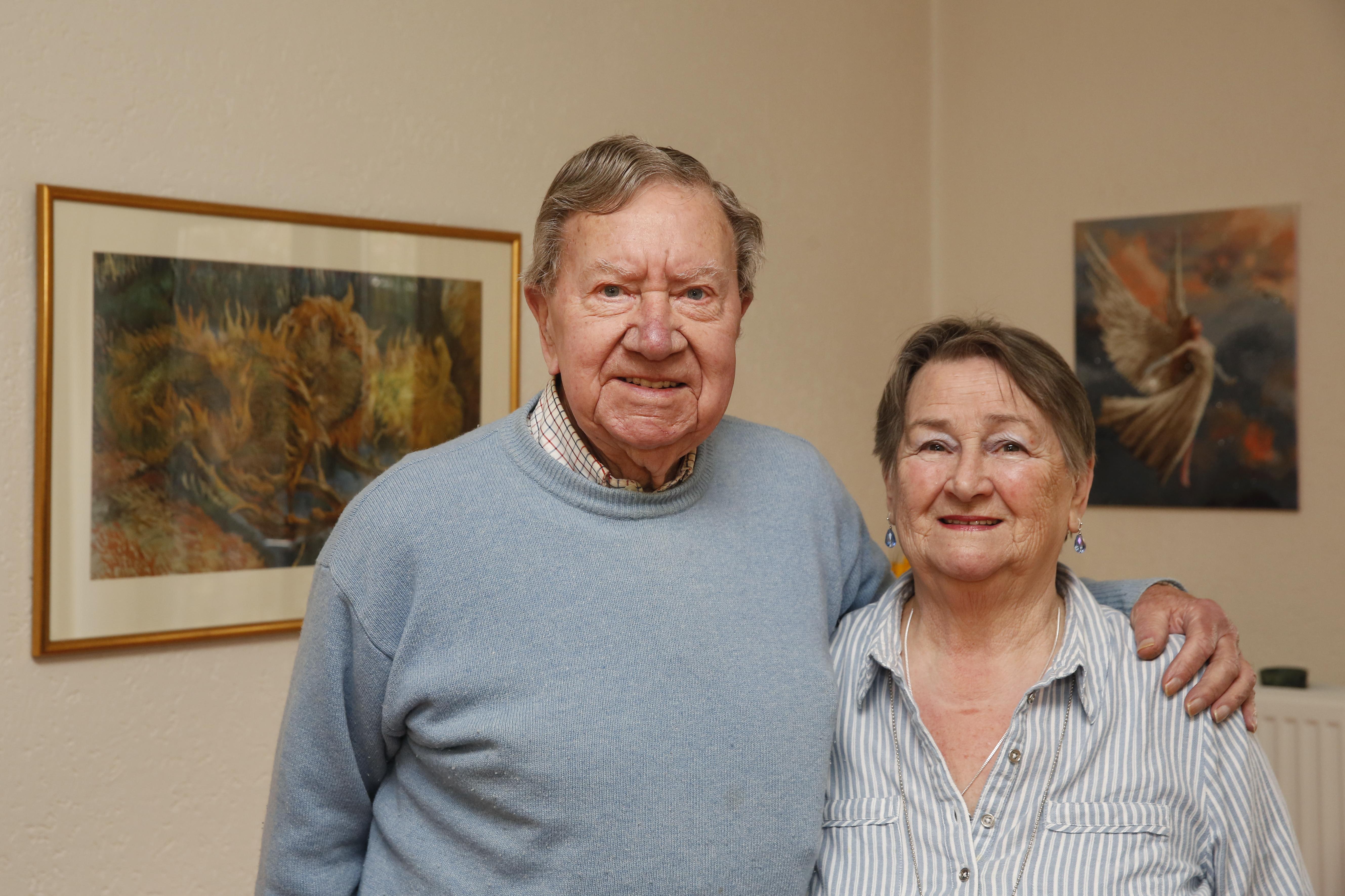 'We maken nooit ruzie': Nel (83) en Jaap (85) Krijnen uit Bussum verklappen het succes van hun diamanten huwelijk