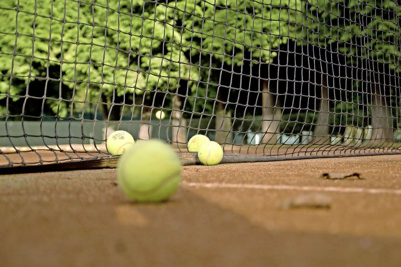 Jeugd kan zondag kennis maken met tennis bij Marquette in Heemskerk: 'Plezier en samenspel staan voorop'