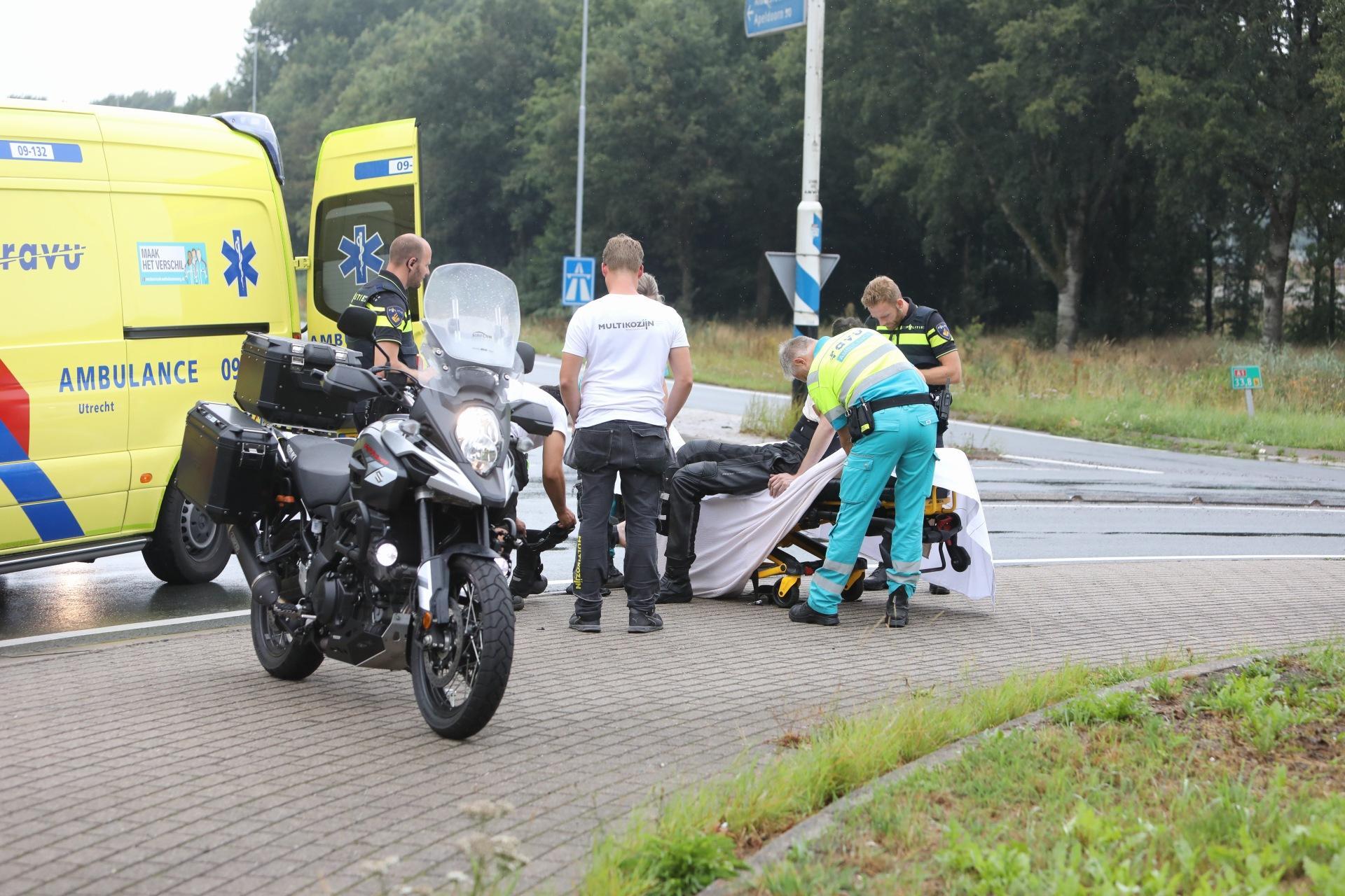 Motorrijder gewond bij ongeluk in Baarn