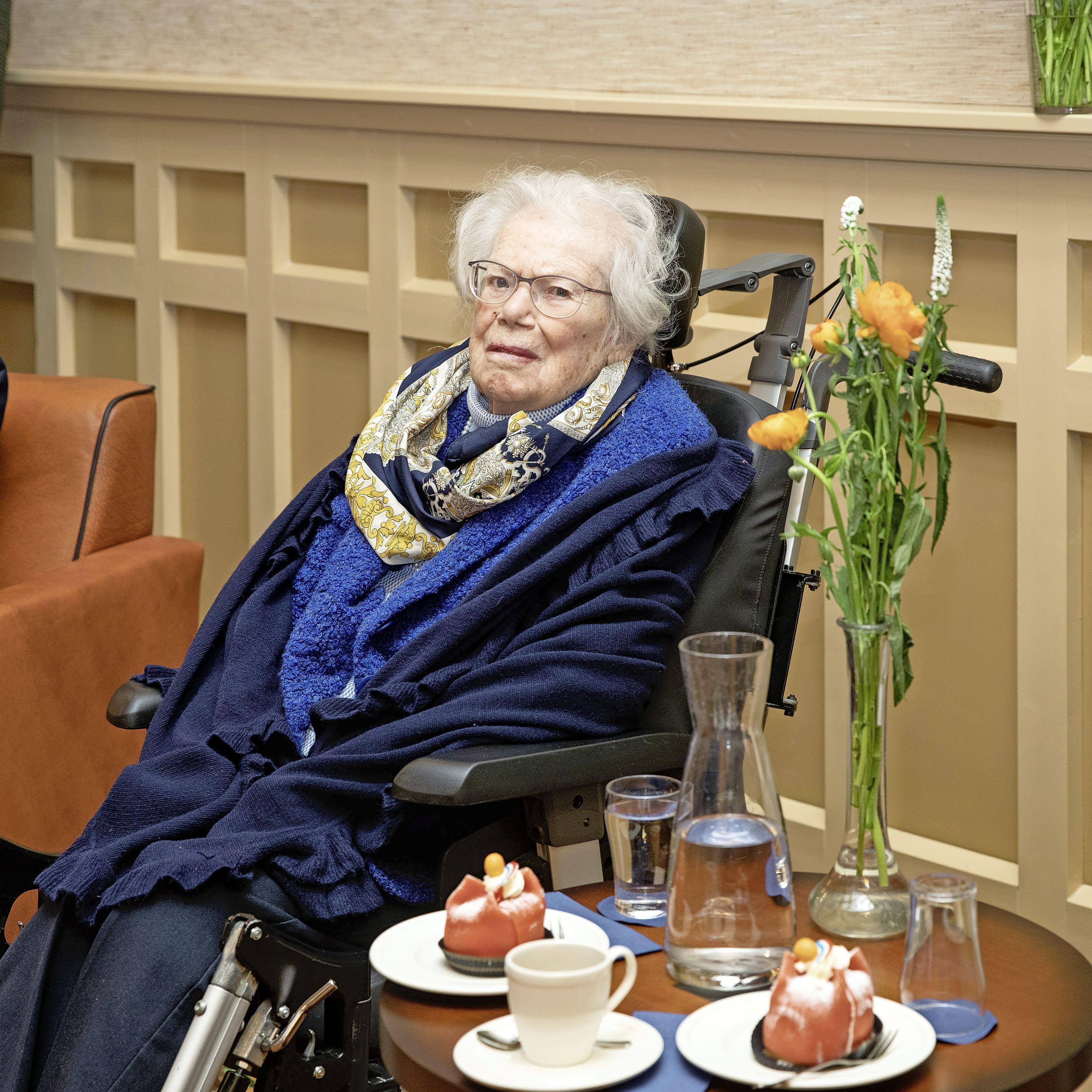 Koninklijke onderscheiding voor Baarnse verzetsstrijdster Willemijn Petroff-van Gurp (102): 'Hoe meer je van iemand weet, hoe meer je kunt begrijpen en hoe meer je kunt vergeven'