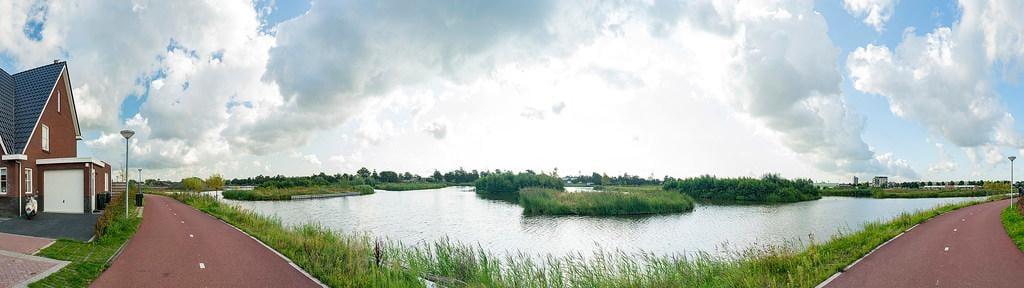 Alkmaars laatste uitbreidingswijk Vroonermeer-Noord is 'dorps'