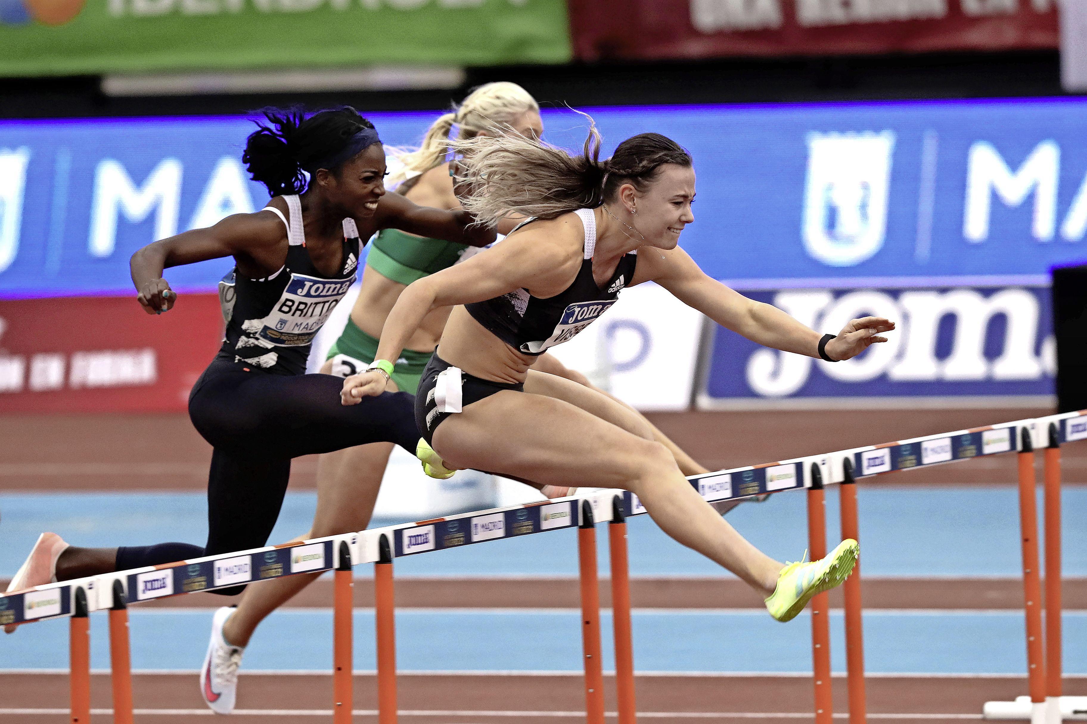 Atlete Visser uit Hoogkarspel scherpt Nederlands record 60 horden aan tot 7,81 [video]
