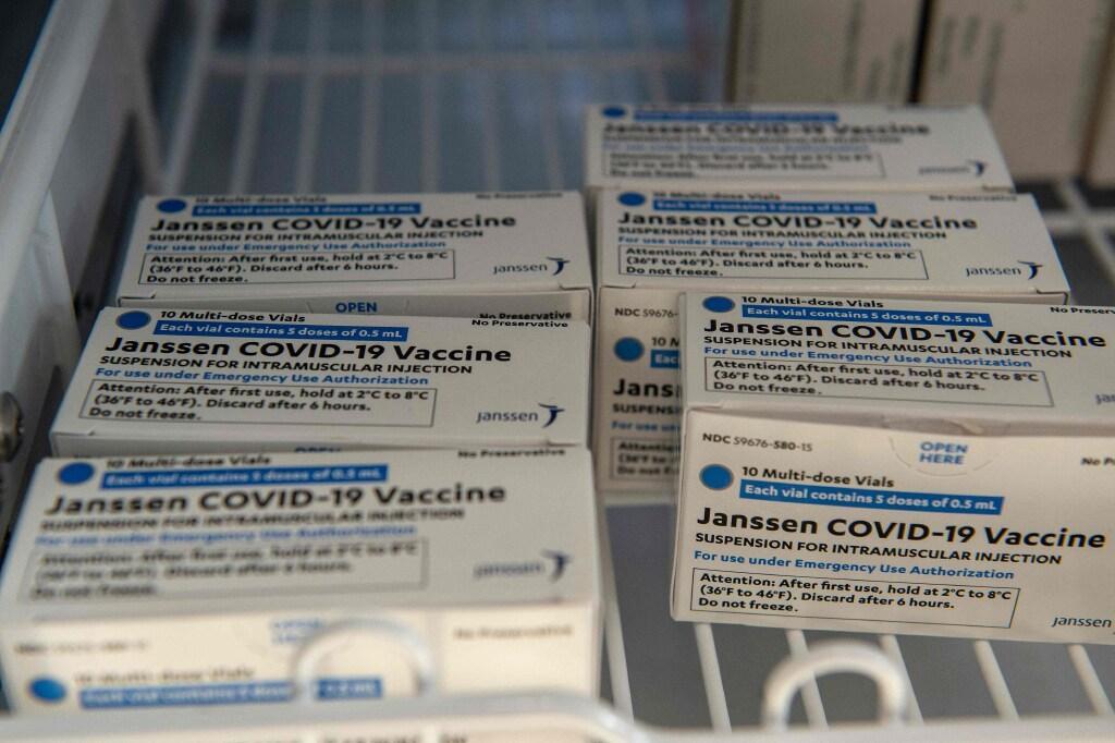 Farmaceut Janssen levert eerste coronavaccins af in Oss [update]