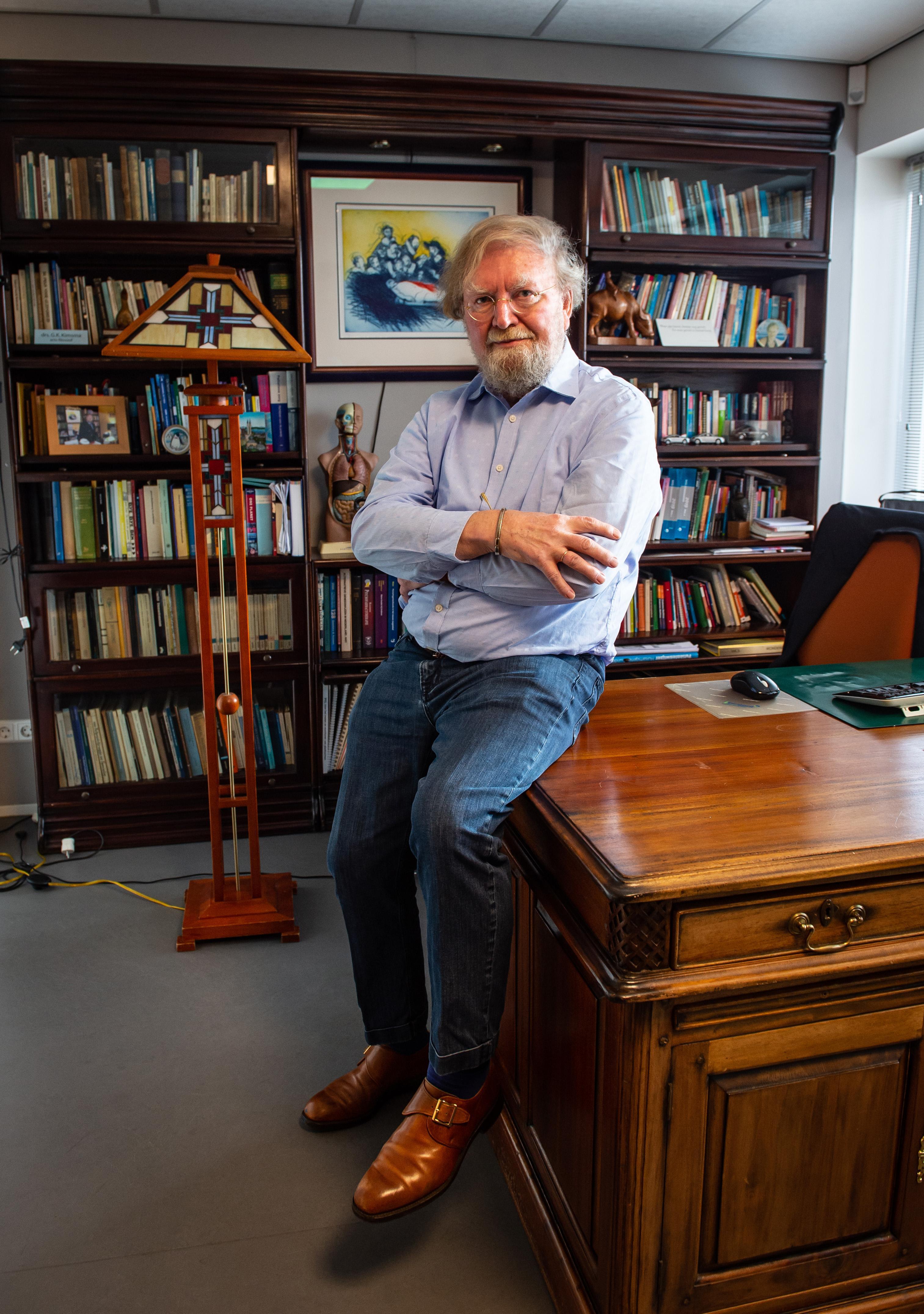 'Mijn euthanasiepatiënten zijn me allemaal bijgebleven.' Scheidend huisarts Gerrit Kimsma (75) strijdt voor waardig levenseinde