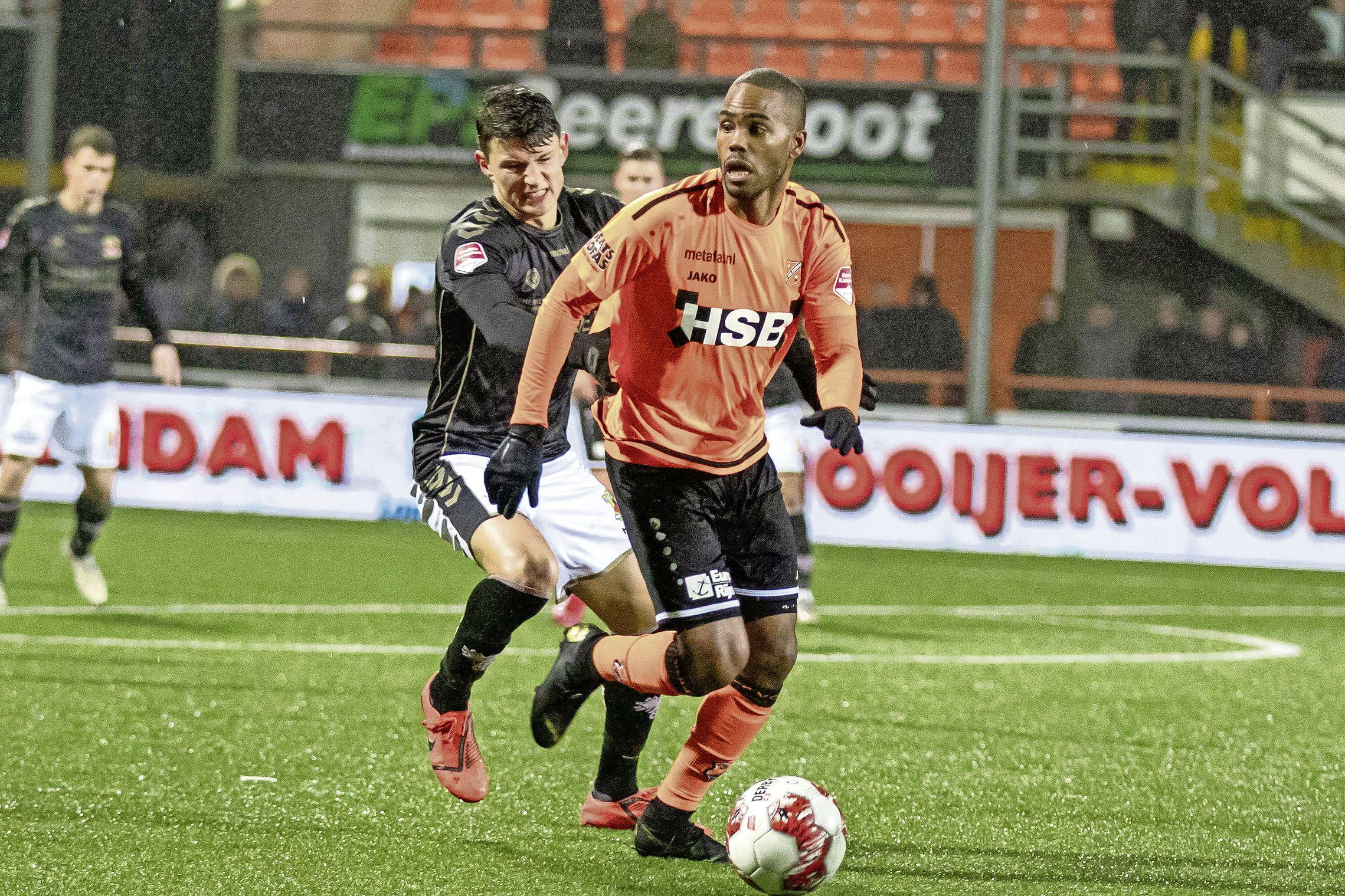 Boy Deul speelt ook volgend jaar bij FC Volendam. Wim Jonk: 'Mooi dat hij zich als dertiger nog steeds ontwikkelt'