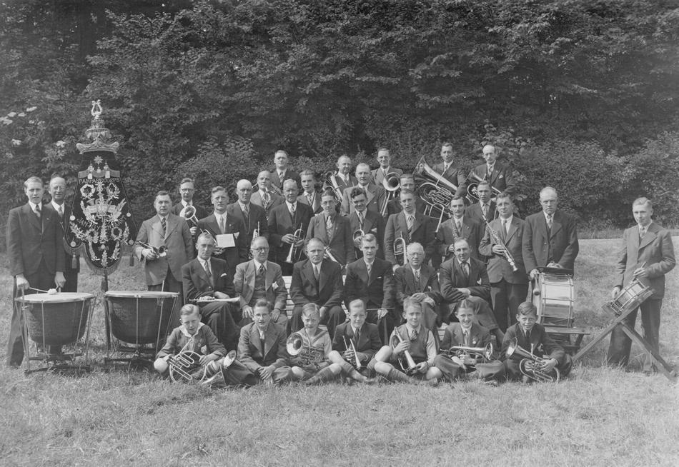Velsen van Vroeger: 'Echo der Duinen', de kort gedragen naam van een fanfarekorps