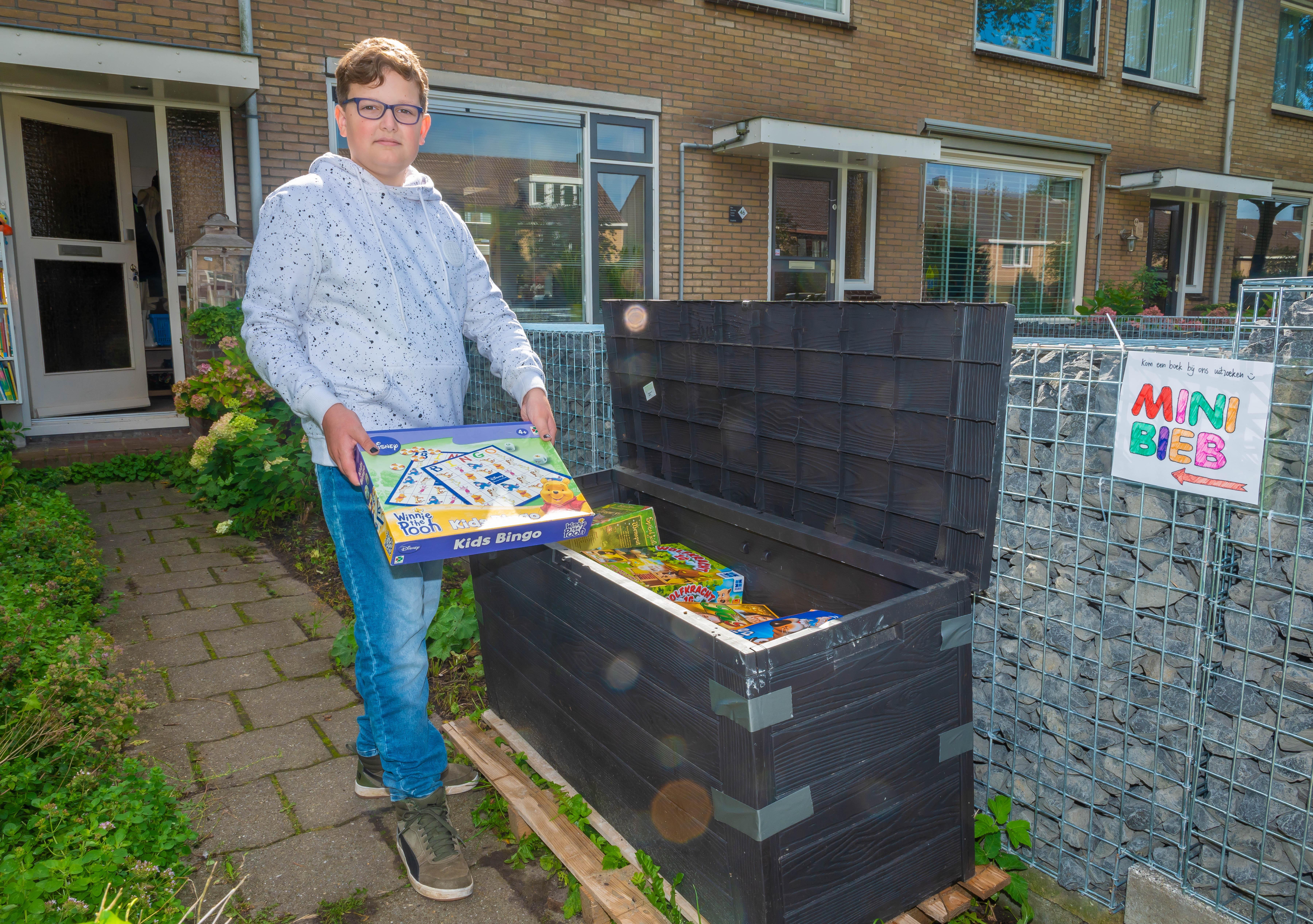 Matthijs (10) uit Purmerend heeft succes met spellenkist naast minibieb