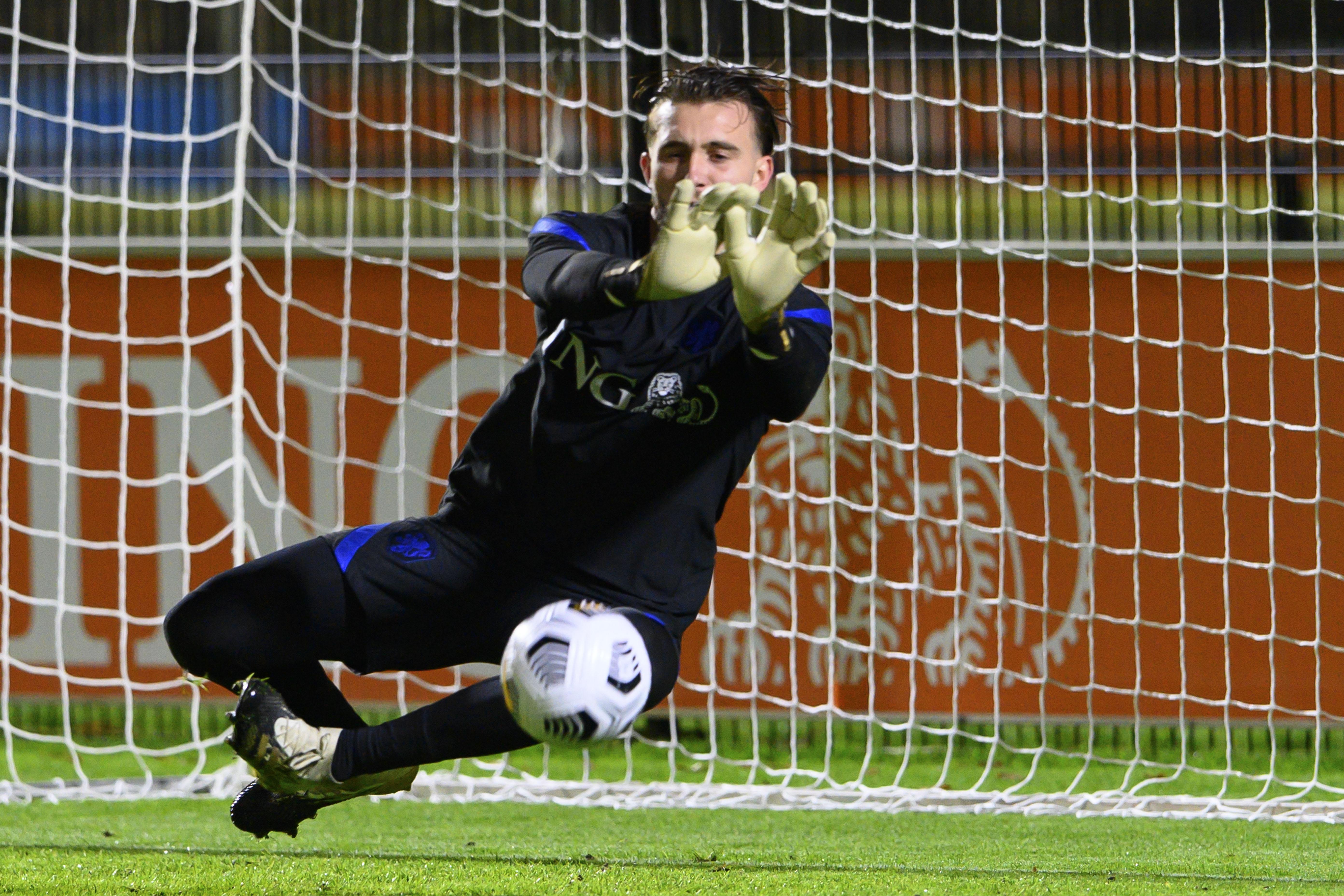 Joël Drommel en zijn vader Piet-Jan moesten samen janken bij selectie voor Oranje: 'Hij gaat nu niet spelen, maar in de toekomst wordt hij eerste doelman'