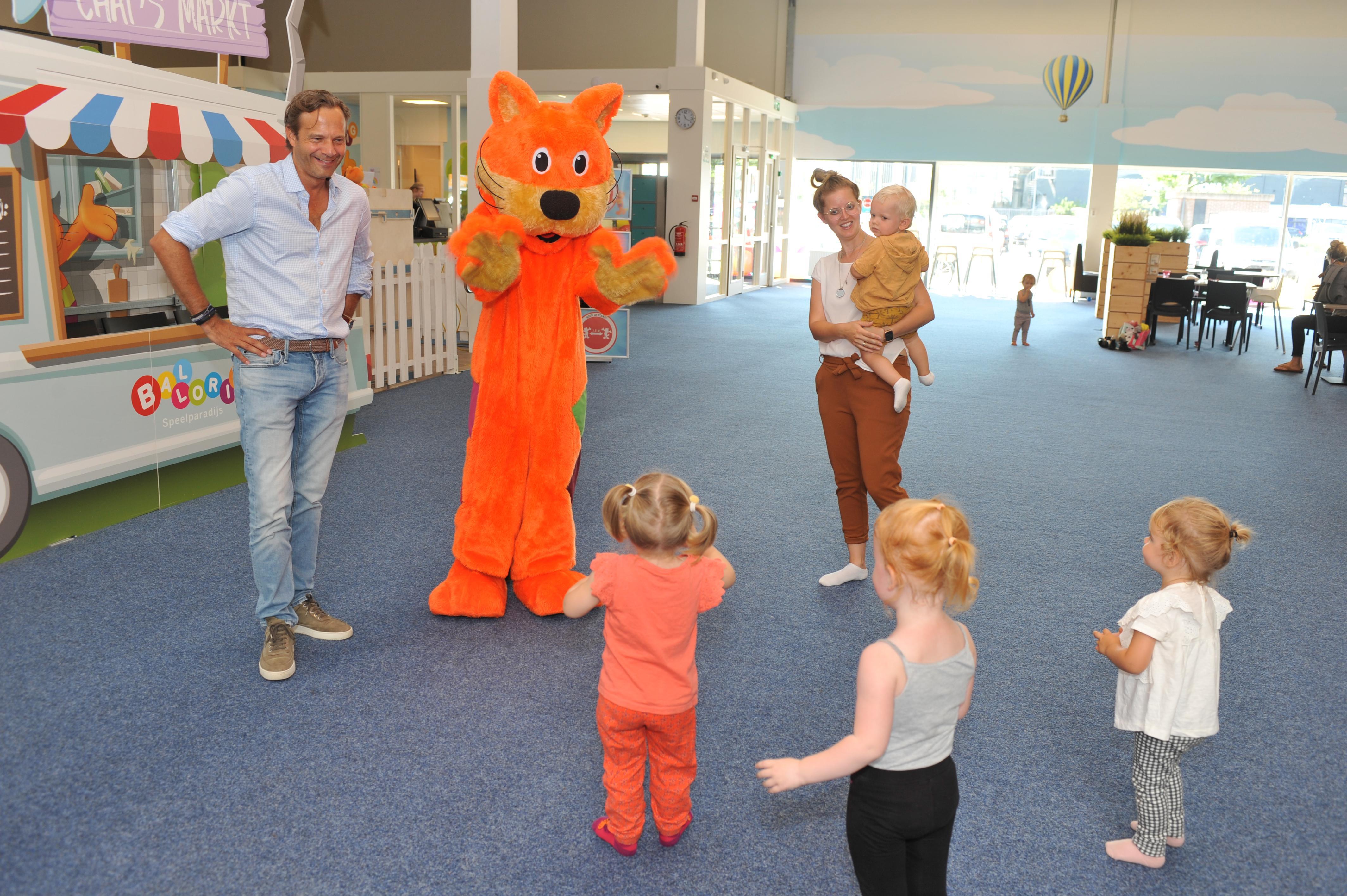De nieuwe covid-19-maatregelen betekenen de nekslag voor indoorspeeltuinen als Ballorig en MonkeyTown. 'Er mogen maar dertig kinderen én ouders in een hal van tweeduizend vierkante meter'