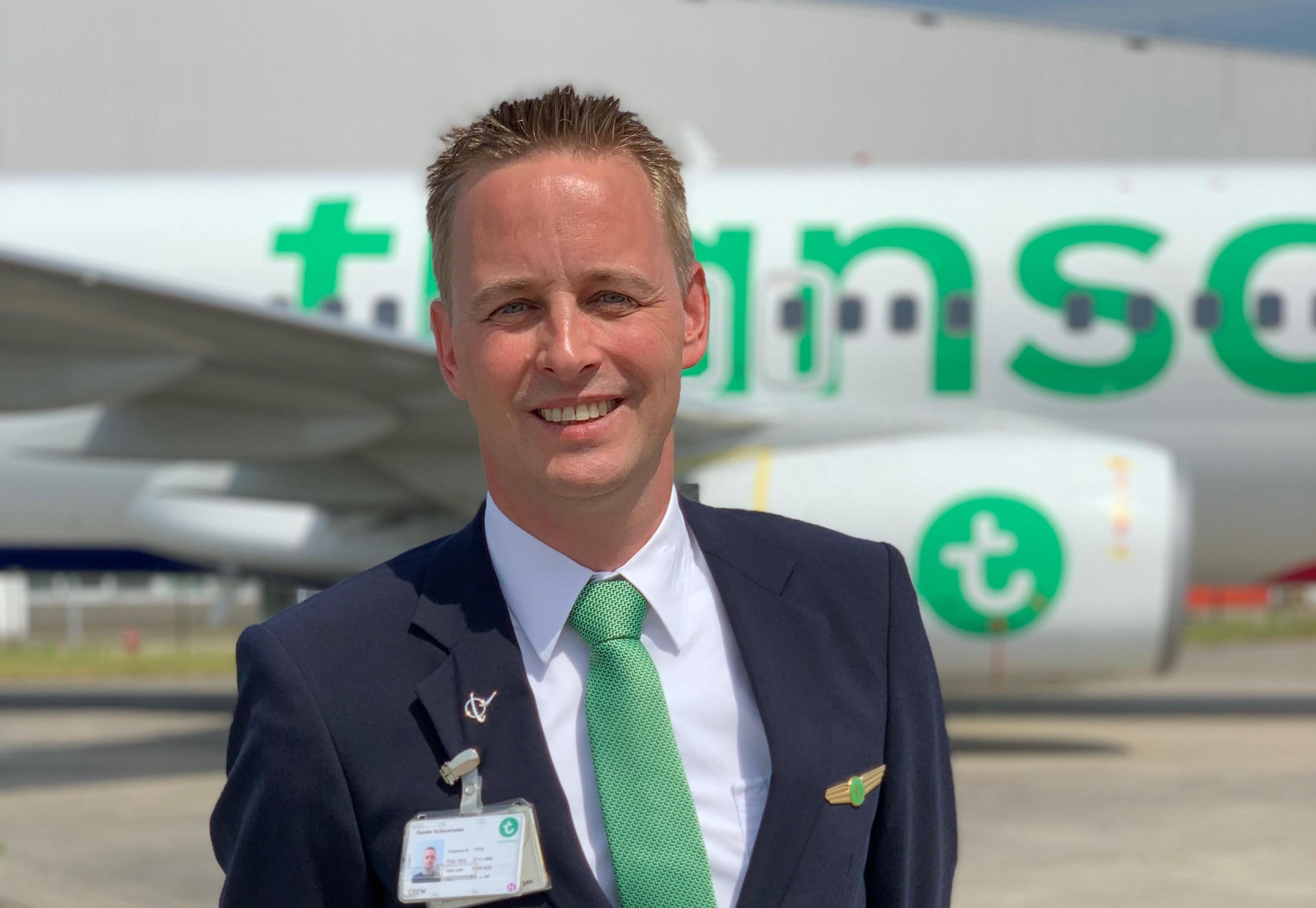 Sander mag weer vliegen: 'Ik zou mijn ouders zo naar hun vakantiebestemming brengen'