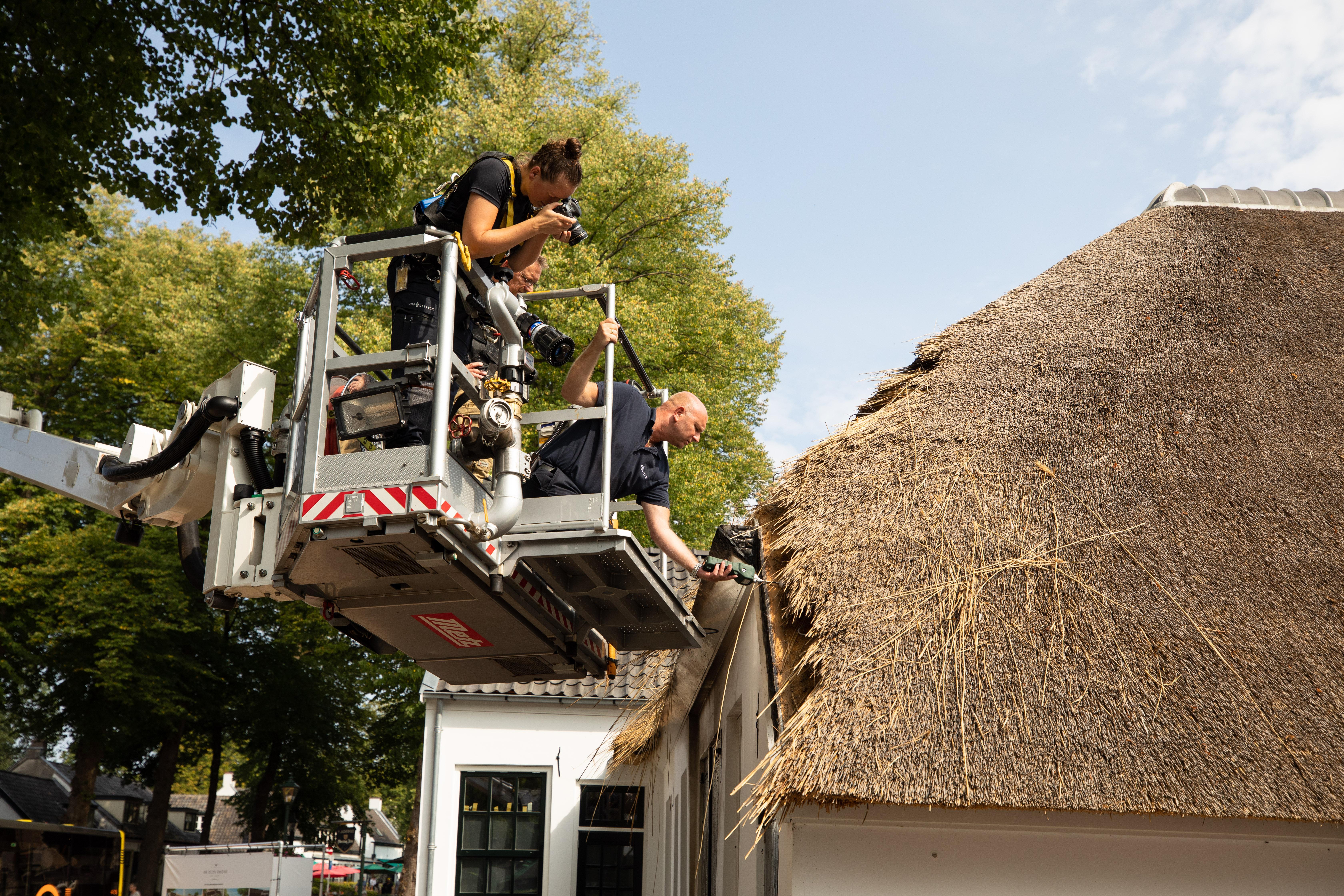 Onderzoek naar brandstichting Oude Smidse Lage Vuursche zit voorlopig muurvast; Getuigenoproep levert één schamele tip op
