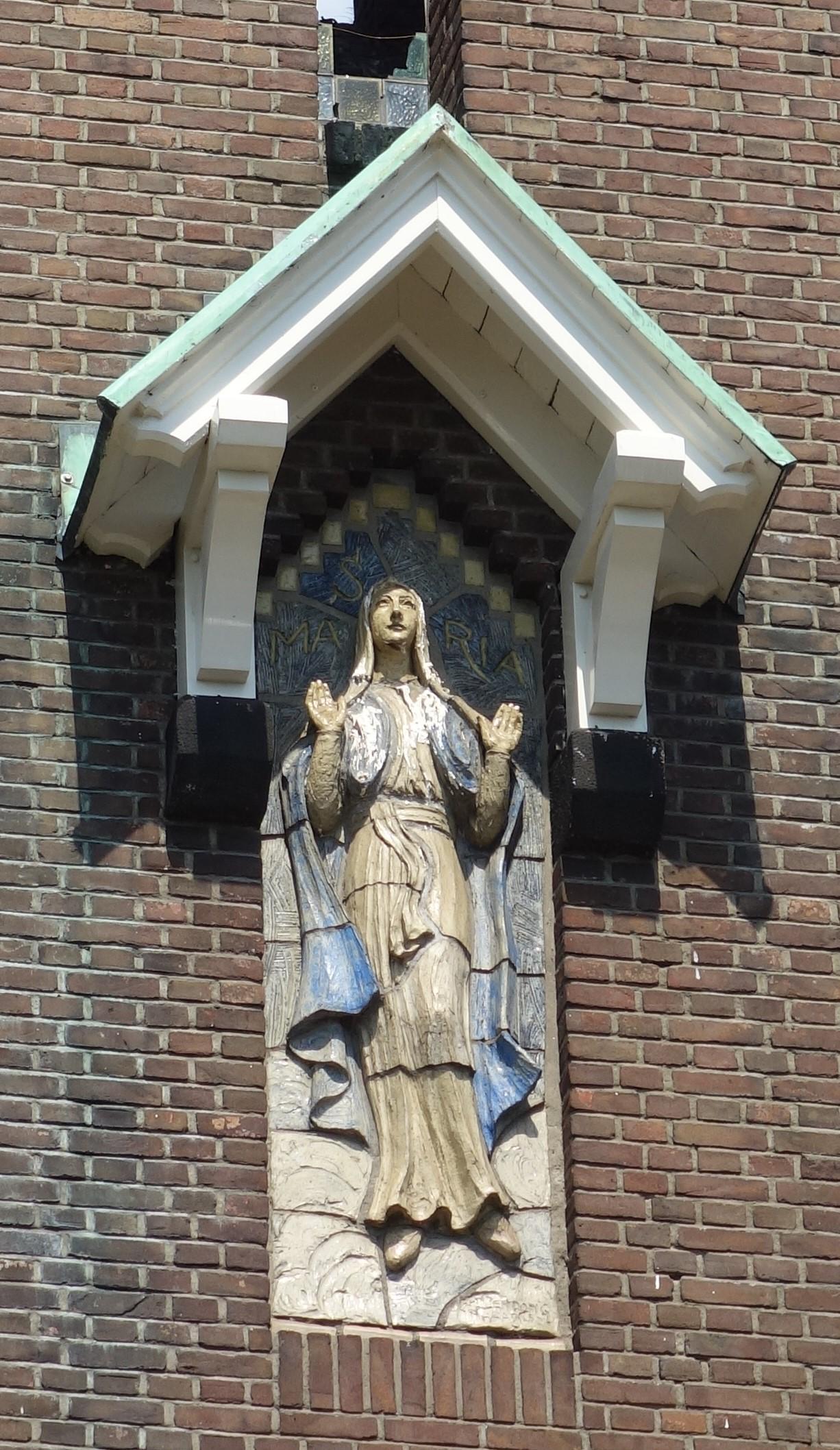 Met zomerbraderie wil Hoogmade het bisdom laten zien hoe afgebrande kerk leeft