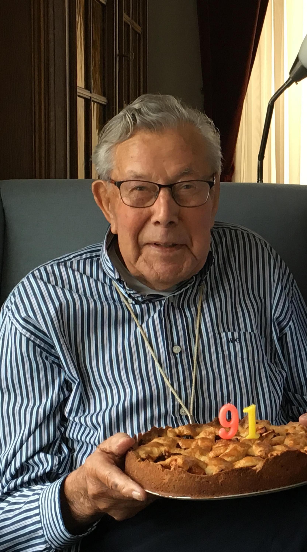 Jan Gladon (1927-2021): Opa Jan zwaaide naar iedere voorbijganger op de dijk en zorgde voor een prachtige schaatsbaan op de Ringvaart