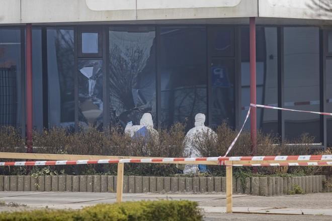 Aangevallen teststraat Bovenkarspel gaat donderdag weer open: 'Schade is niet heel groot'