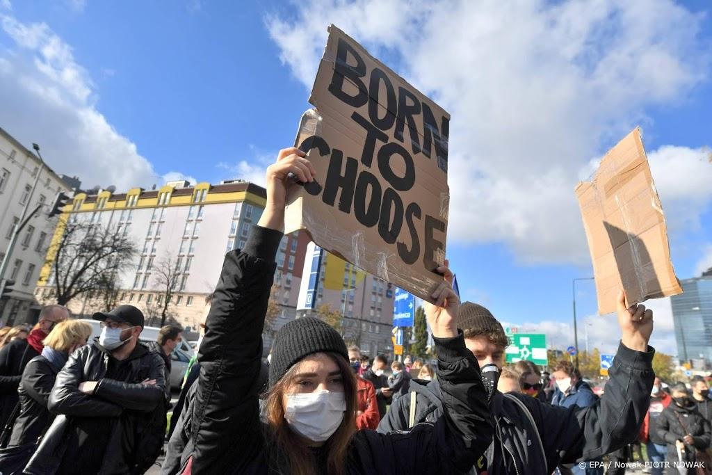 Veel arrestaties bij Poolse protesten tegen inperking abortus