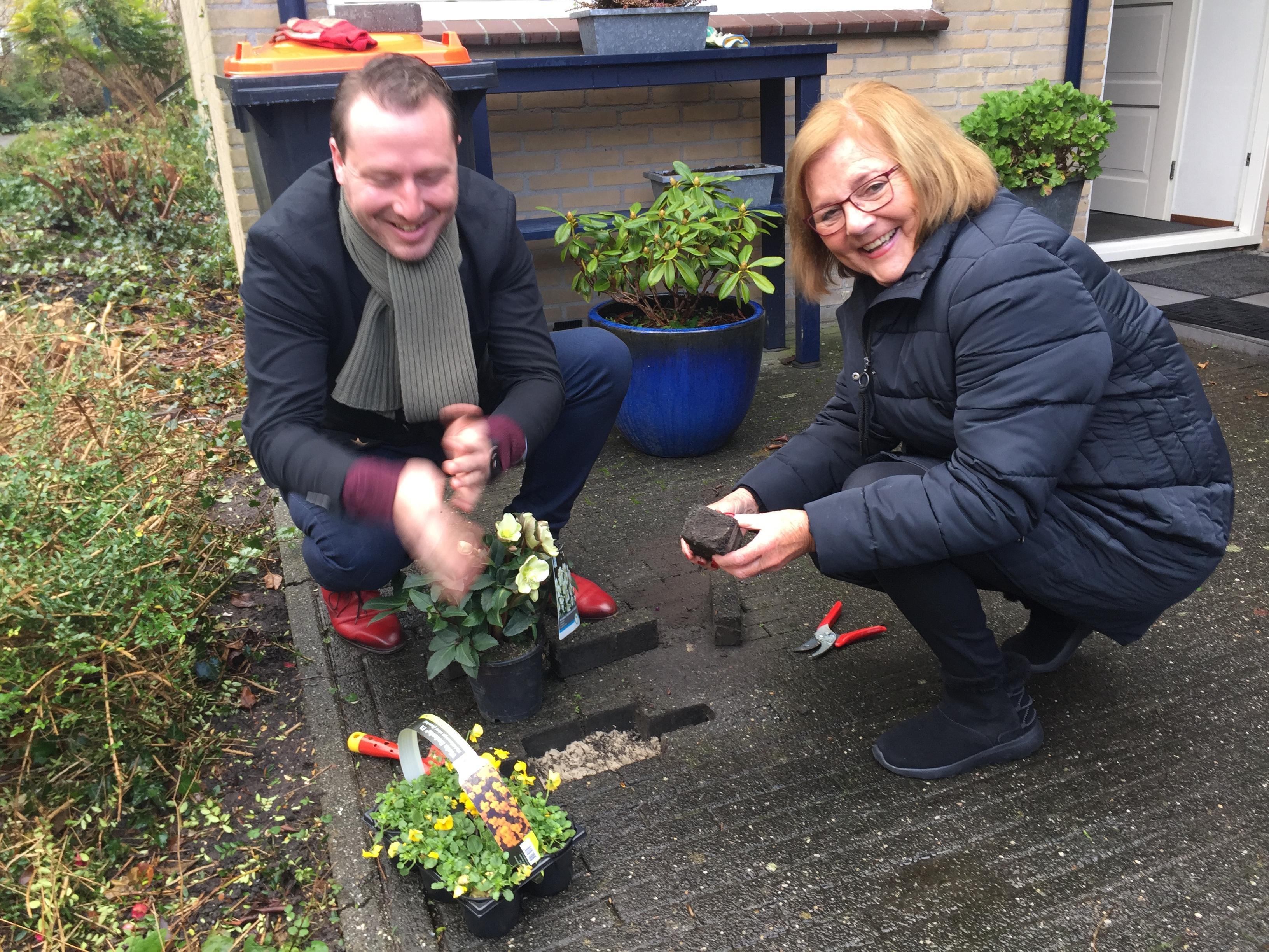 Eerste stap op weg naar groenere tuinen Hoorn