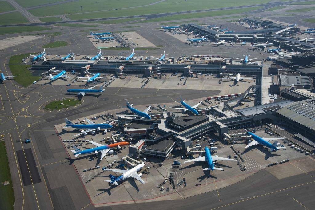 Ook in coronatijd ernstige incidenten, zoals bijna-botsingen, op Schiphol. Onderzoeksraad voor Veiligheid: 'Ernst onvoldoende duidelijk'