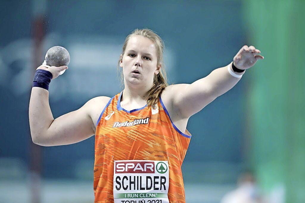 Kogelstootster Jessica Schilder gaat naar Kroatië om vast kennis te maken met haar concurrenten tijdens Olympische Spelen: 'Dit zijn tevens de atleten waar ik tegenop kijk en naar toe wil groeien'