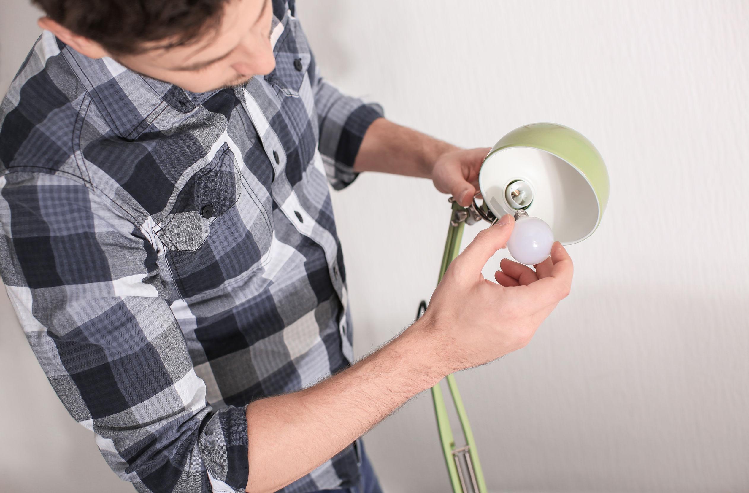 Ledlampen Ontregelen Verbindingen In Huis Financieel