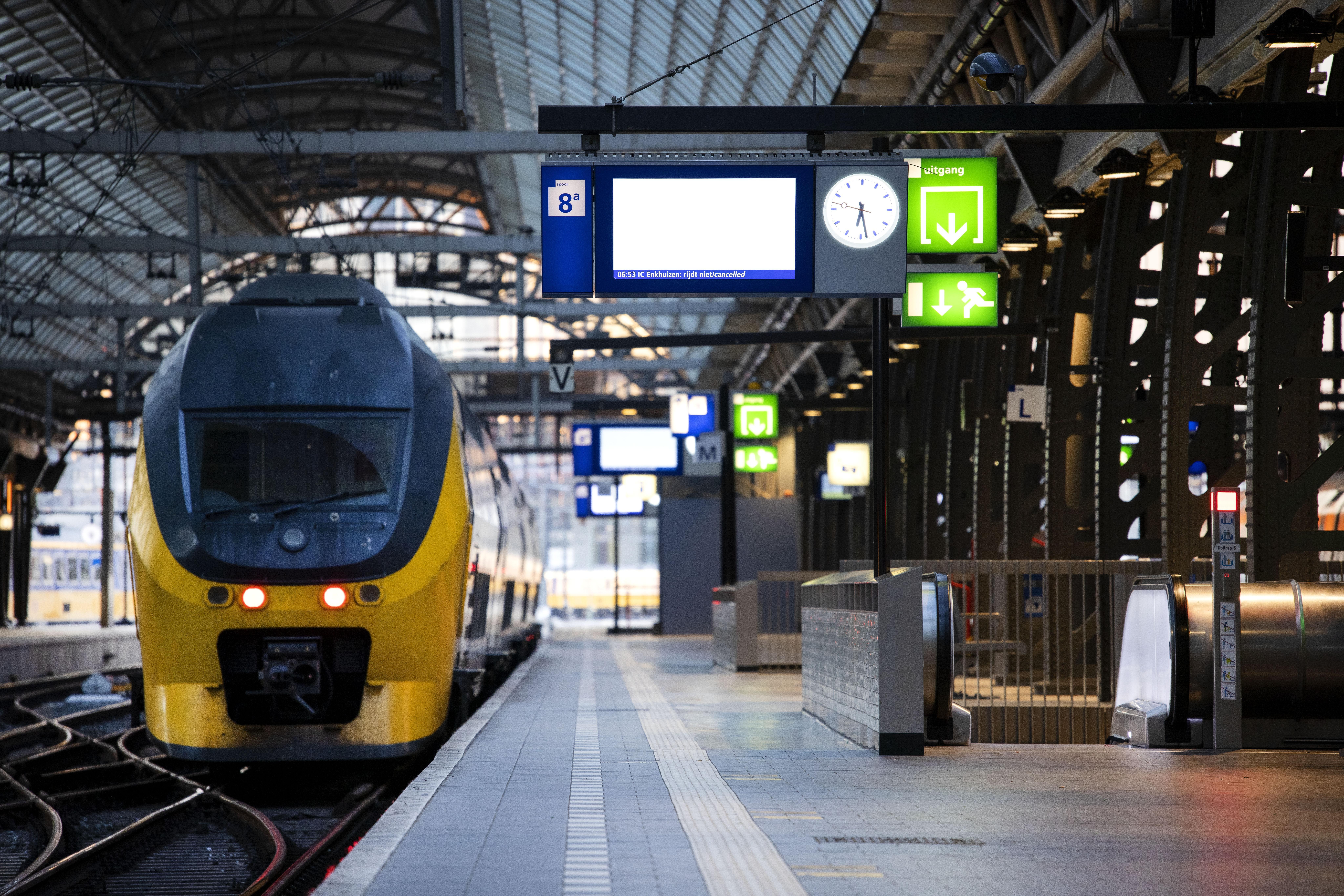 Nieuwe stakingen bij ProRail voorlopig van de baan: treinen rijden donderdag