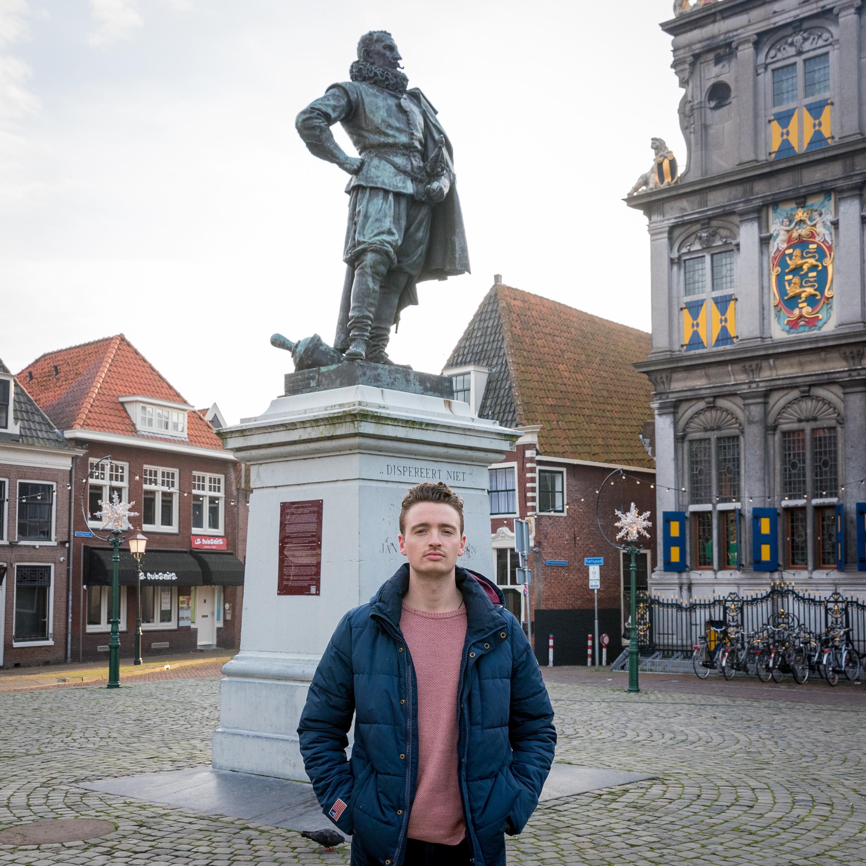 Moet standbeeld JP Coen omver worden getrokken? Een handtekeningenactie moet leiden tot een vonnis van de inwoners van Hoorn