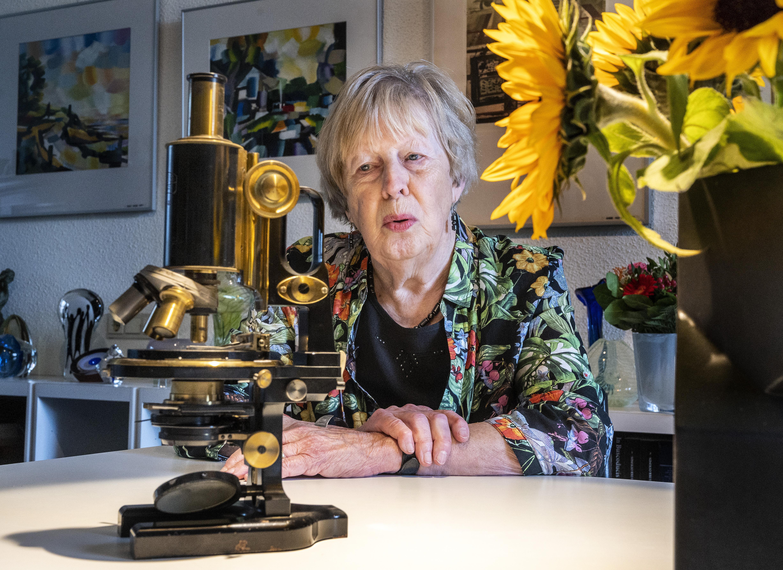 Microscoop van Haarlemse verzetsheld Henk Hos (1906-1944) verdient een eervol onderdak; publicatie van afscheidsbrief