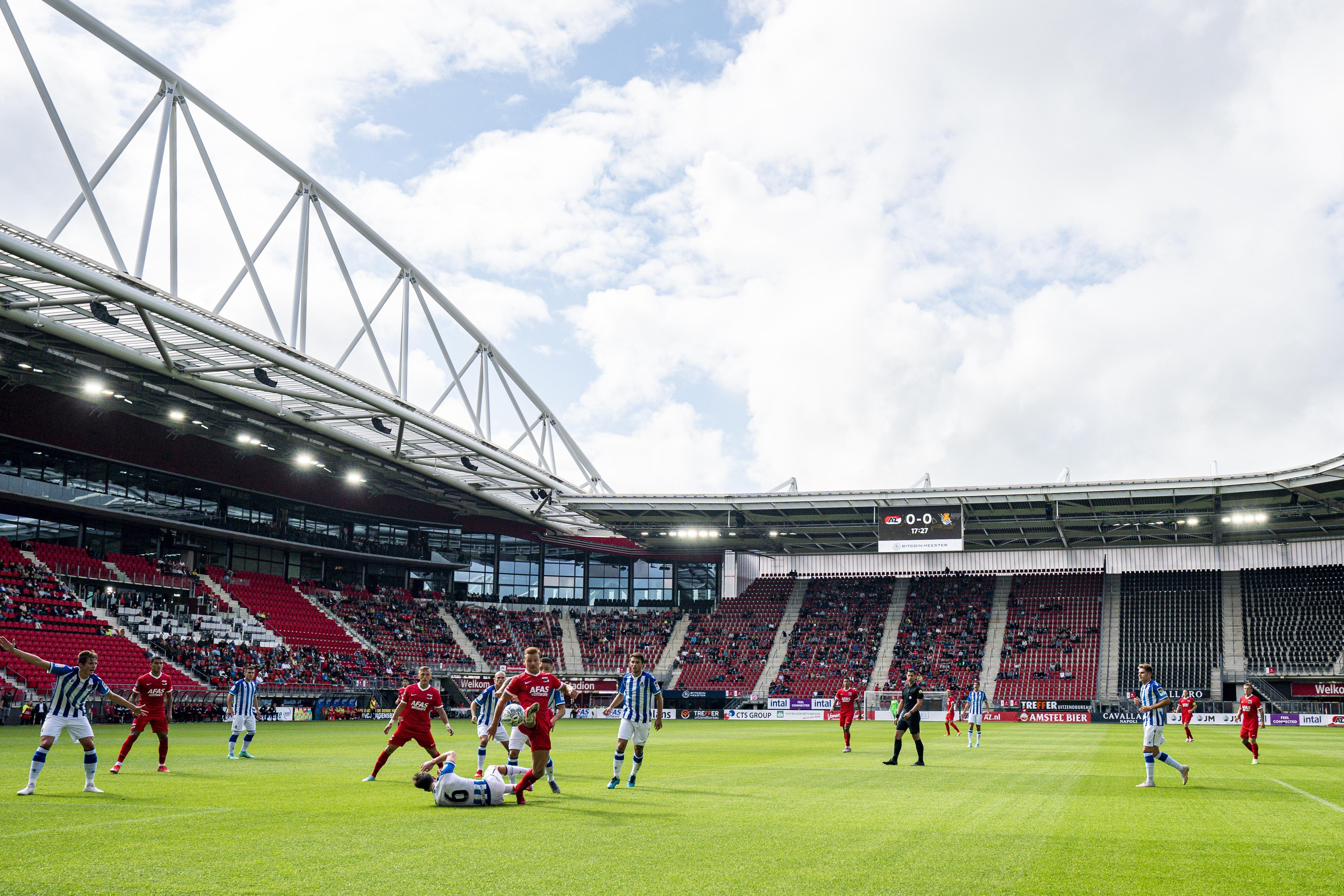 AZ heeft een nieuw dak én een nieuw geluid: hoe de club na twee hectische jaren een stap voorwaarts zet