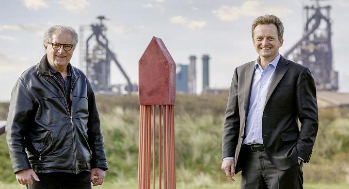 Tata Steel levert staal voor 'het Palenhuis', een ode aan de heipaal, dat een ontmoetingsplek wordt voor bewoners van een nieuwe duurzame wijk in Amsterdam