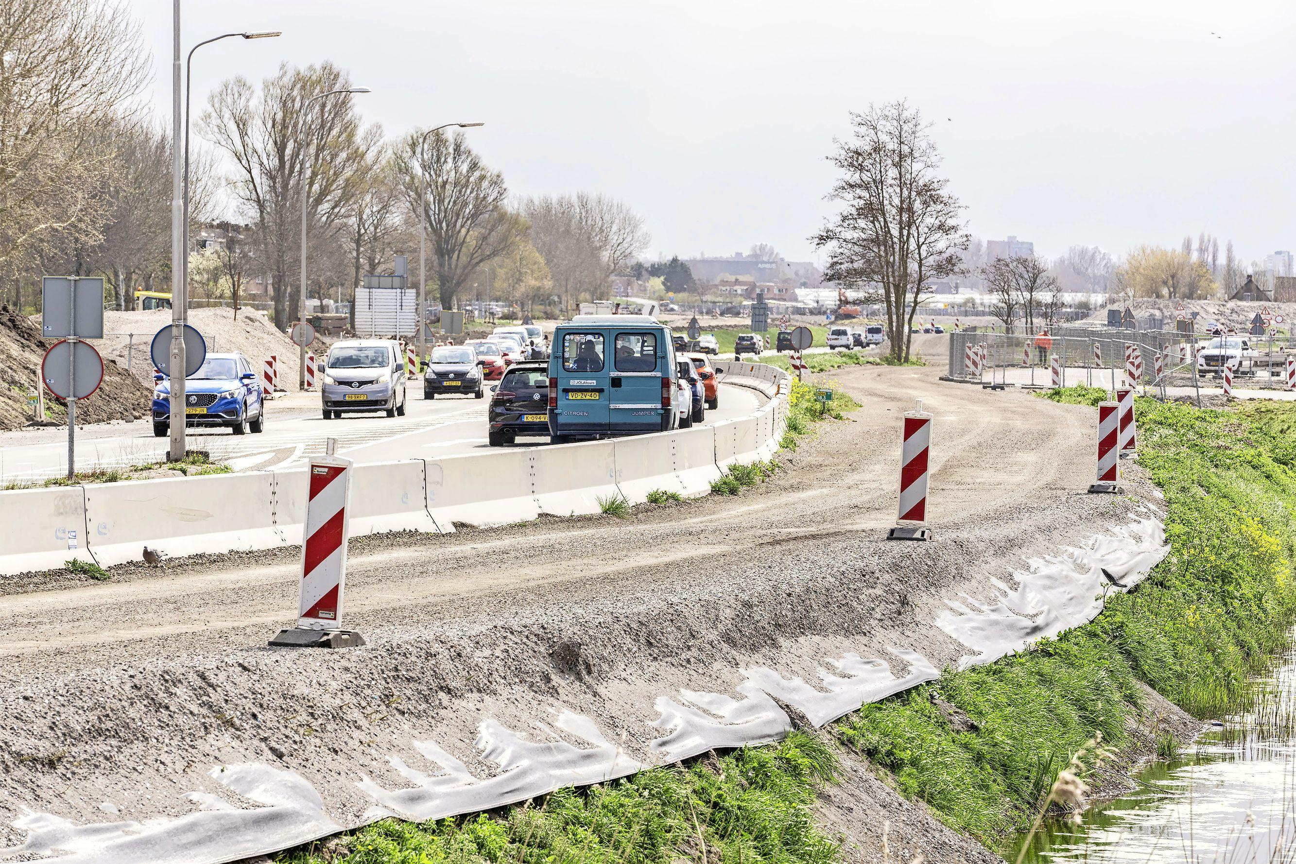 Katwijk vraagt in Tweede Kamer aandacht voor situatie bij Valkenburg: 'Batterijen horen niet thuis in bouwstoffen voor wegenbouw'